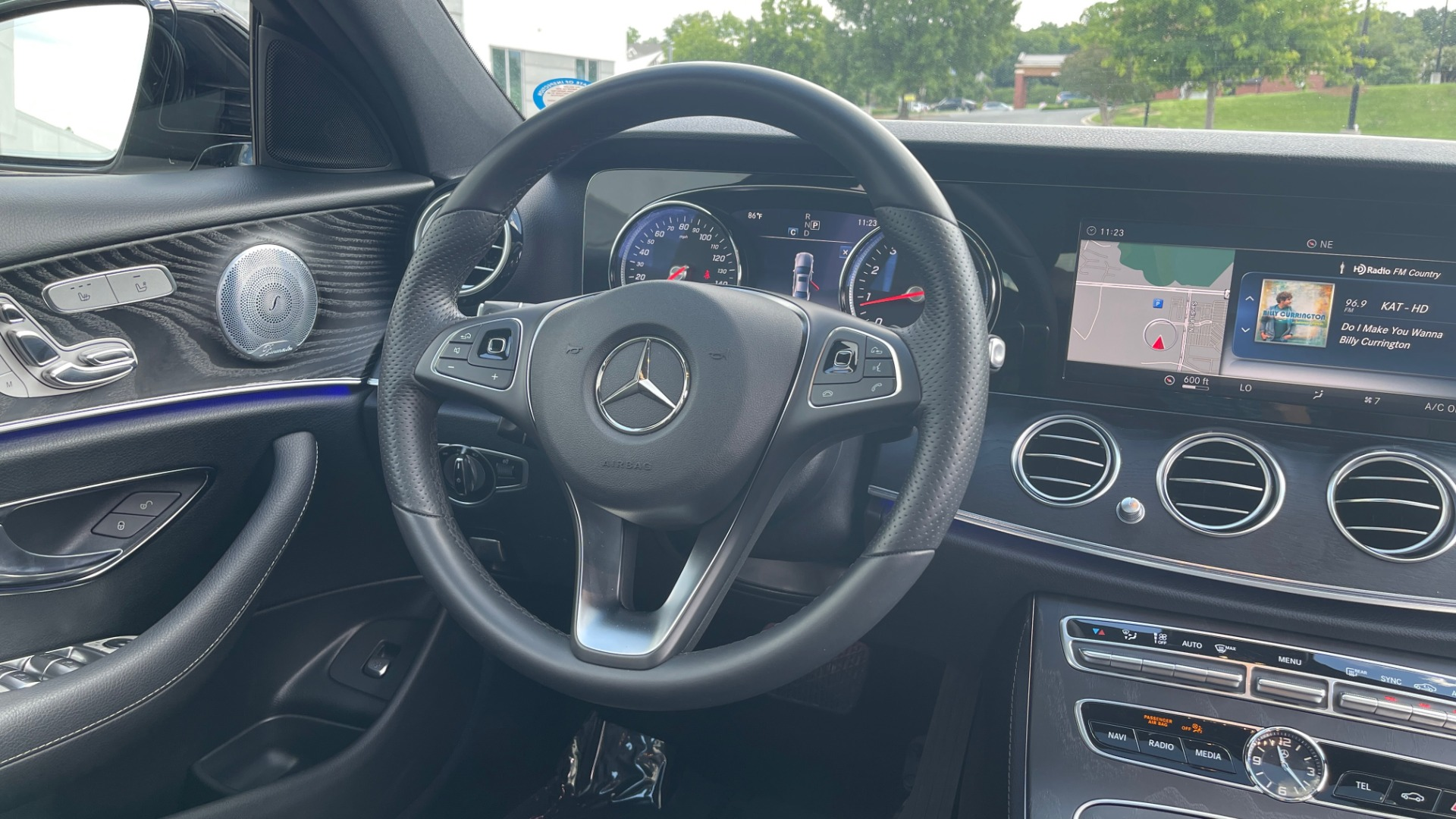 Used 2018 Mercedes-Benz E-CLASS E 300 PREMIUM / NIGHT PKG / PANO-ROOF / BURMESTER / REARVIEW for sale $42,399 at Formula Imports in Charlotte NC 28227 75