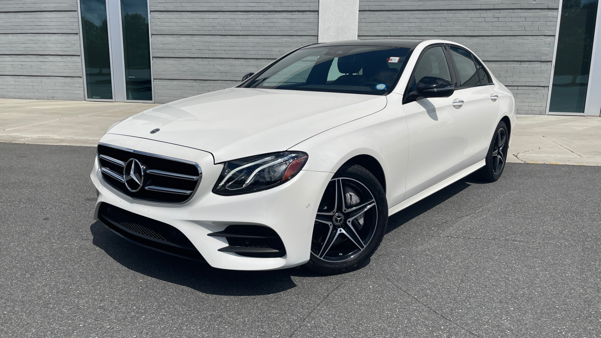 Used 2018 Mercedes-Benz E-CLASS E 300 PREMIUM / NIGHT PKG / PANO-ROOF / BURMESTER / REARVIEW for sale $42,399 at Formula Imports in Charlotte NC 28227 1
