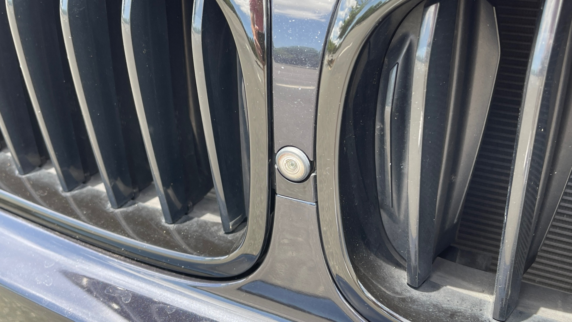 Used 2018 BMW 5 SERIES 540I M-SPORT / EXECUTIVE PKG / DRVR ASST PKG / BLIND SPOT / LANE DEPART for sale $40,995 at Formula Imports in Charlotte NC 28227 17