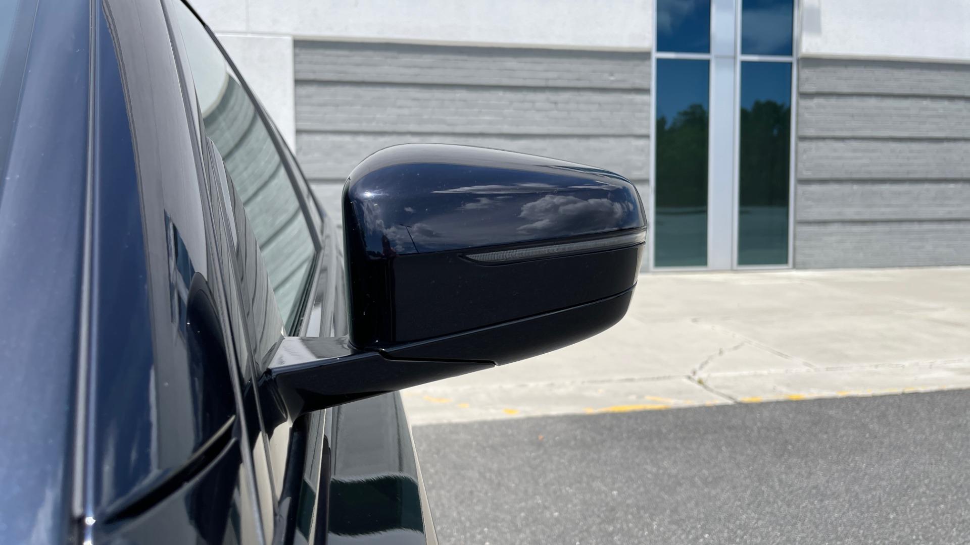 Used 2018 BMW 5 SERIES 540I M-SPORT / EXECUTIVE PKG / DRVR ASST PKG / BLIND SPOT / LANE DEPART for sale $40,995 at Formula Imports in Charlotte NC 28227 19