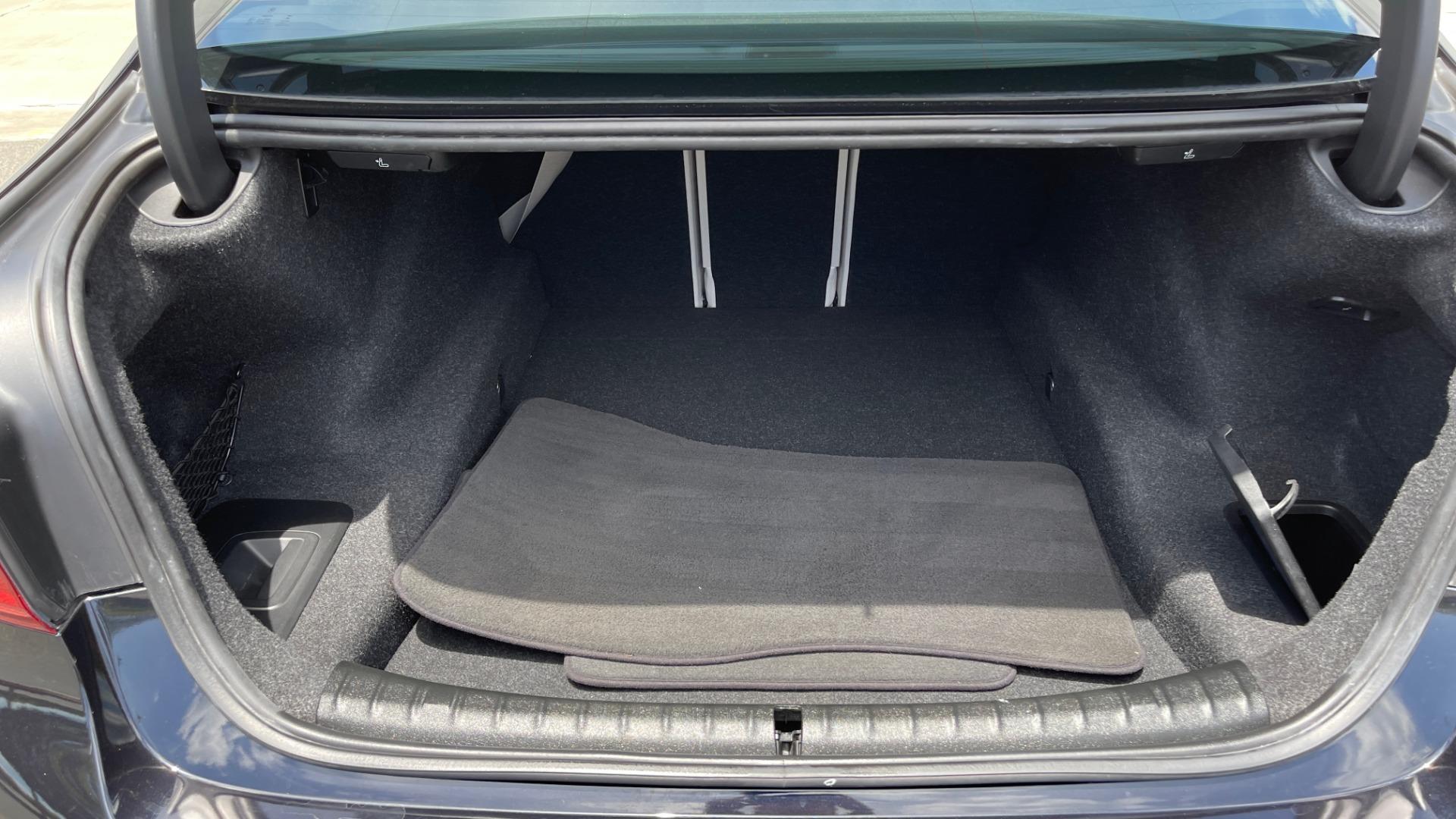 Used 2018 BMW 5 SERIES 540I M-SPORT / EXECUTIVE PKG / DRVR ASST PKG / BLIND SPOT / LANE DEPART for sale $40,995 at Formula Imports in Charlotte NC 28227 21