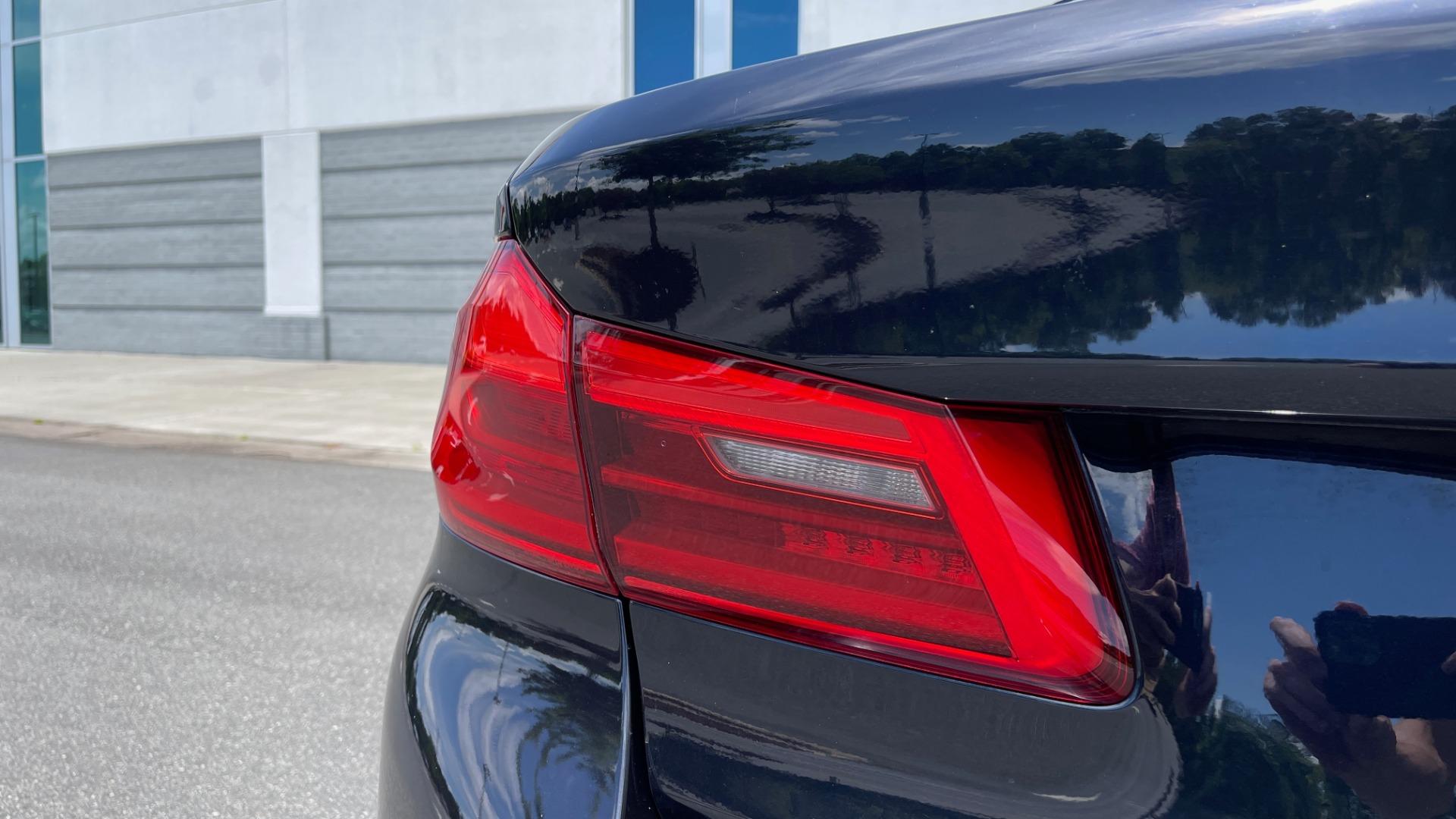 Used 2018 BMW 5 SERIES 540I M-SPORT / EXECUTIVE PKG / DRVR ASST PKG / BLIND SPOT / LANE DEPART for sale $40,995 at Formula Imports in Charlotte NC 28227 27