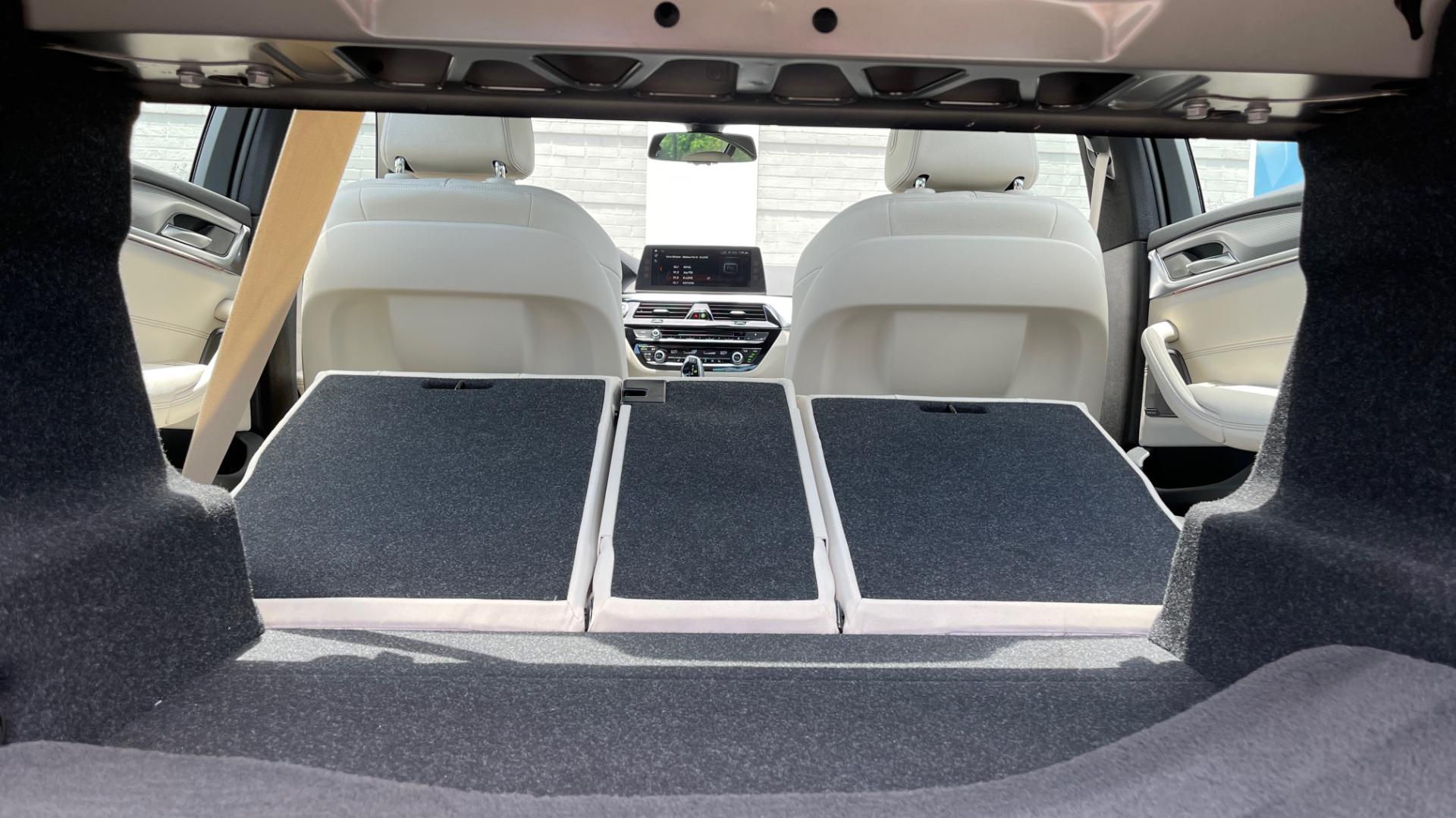 Used 2018 BMW 5 SERIES 540I M-SPORT / EXECUTIVE PKG / DRVR ASST PKG / BLIND SPOT / LANE DEPART for sale $40,995 at Formula Imports in Charlotte NC 28227 30
