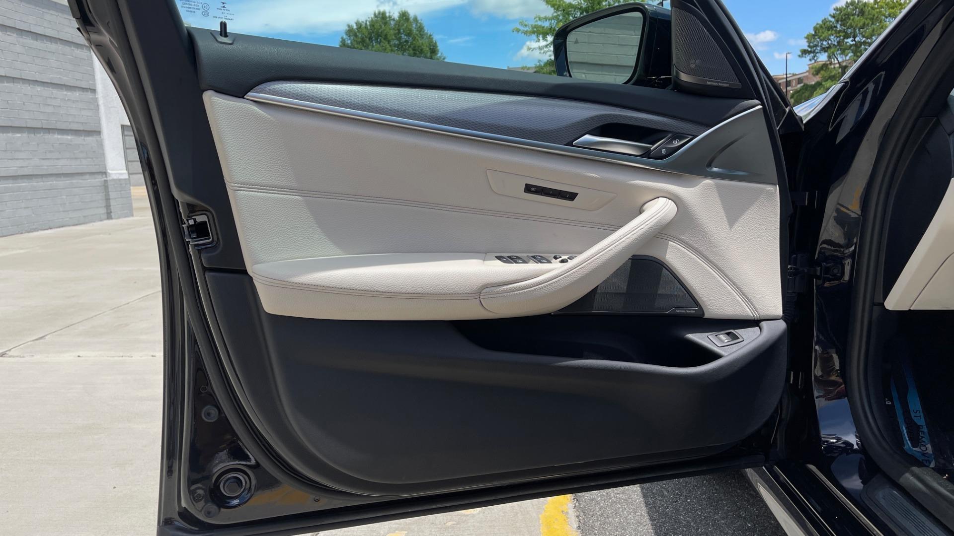 Used 2018 BMW 5 SERIES 540I M-SPORT / EXECUTIVE PKG / DRVR ASST PKG / BLIND SPOT / LANE DEPART for sale $40,995 at Formula Imports in Charlotte NC 28227 33