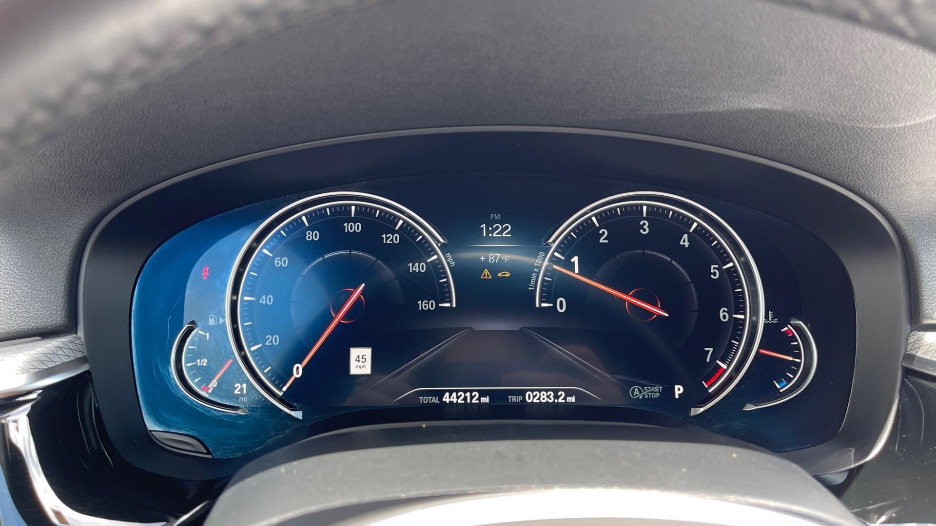 Used 2018 BMW 5 SERIES 540I M-SPORT / EXECUTIVE PKG / DRVR ASST PKG / BLIND SPOT / LANE DEPART for sale $40,995 at Formula Imports in Charlotte NC 28227 39