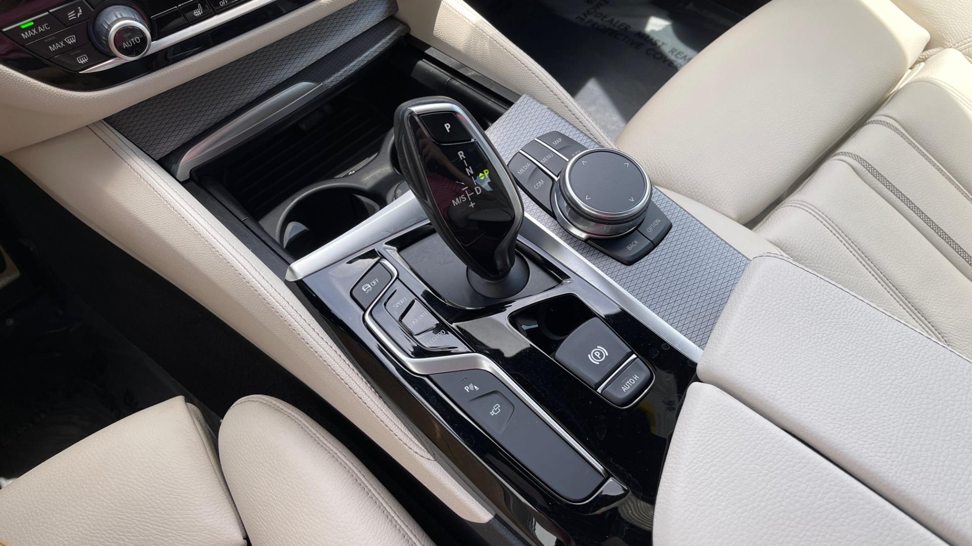 Used 2018 BMW 5 SERIES 540I M-SPORT / EXECUTIVE PKG / DRVR ASST PKG / BLIND SPOT / LANE DEPART for sale $40,995 at Formula Imports in Charlotte NC 28227 53