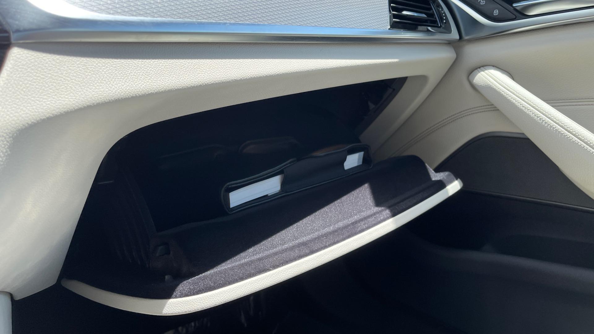 Used 2018 BMW 5 SERIES 540I M-SPORT / EXECUTIVE PKG / DRVR ASST PKG / BLIND SPOT / LANE DEPART for sale $40,995 at Formula Imports in Charlotte NC 28227 55