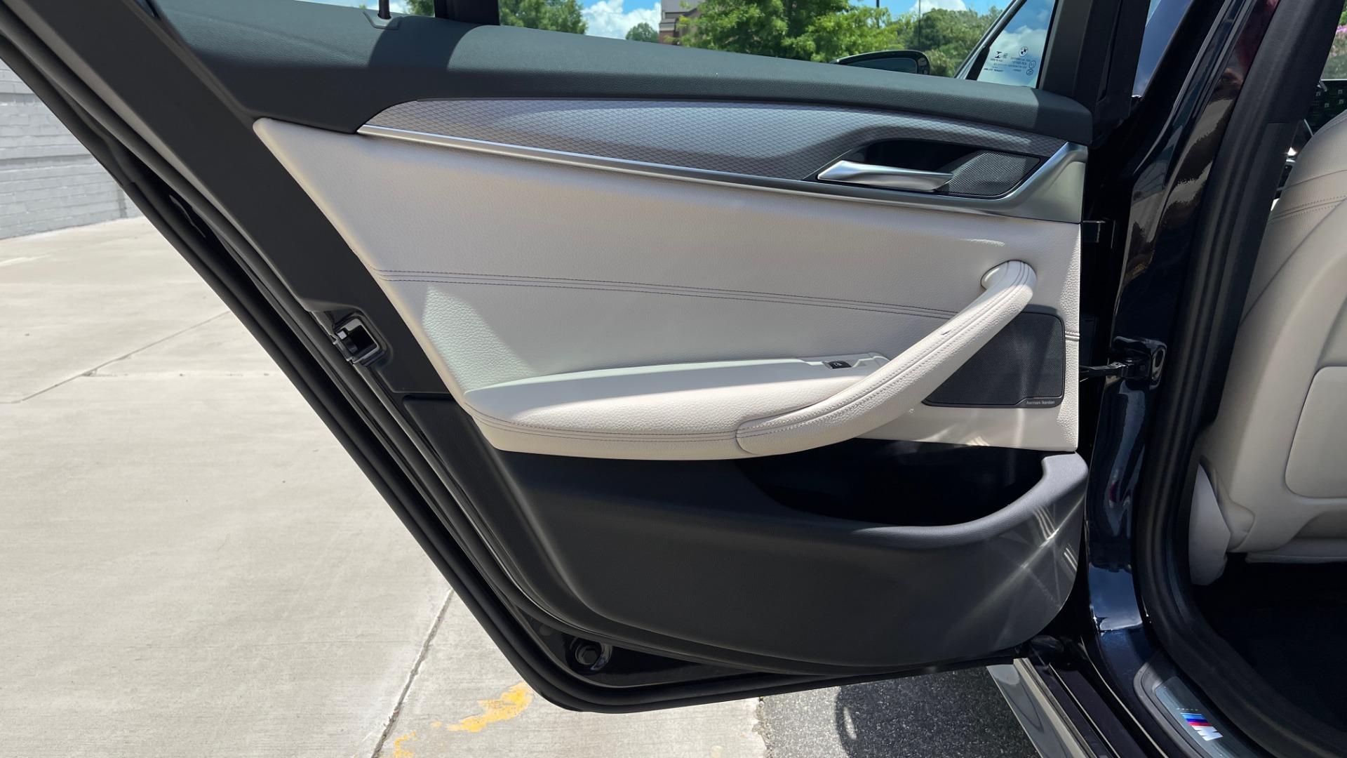 Used 2018 BMW 5 SERIES 540I M-SPORT / EXECUTIVE PKG / DRVR ASST PKG / BLIND SPOT / LANE DEPART for sale $40,995 at Formula Imports in Charlotte NC 28227 57