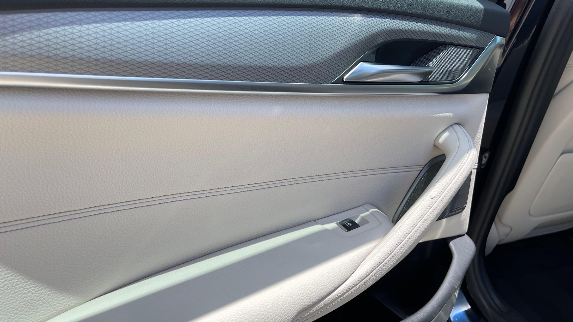 Used 2018 BMW 5 SERIES 540I M-SPORT / EXECUTIVE PKG / DRVR ASST PKG / BLIND SPOT / LANE DEPART for sale $40,995 at Formula Imports in Charlotte NC 28227 58
