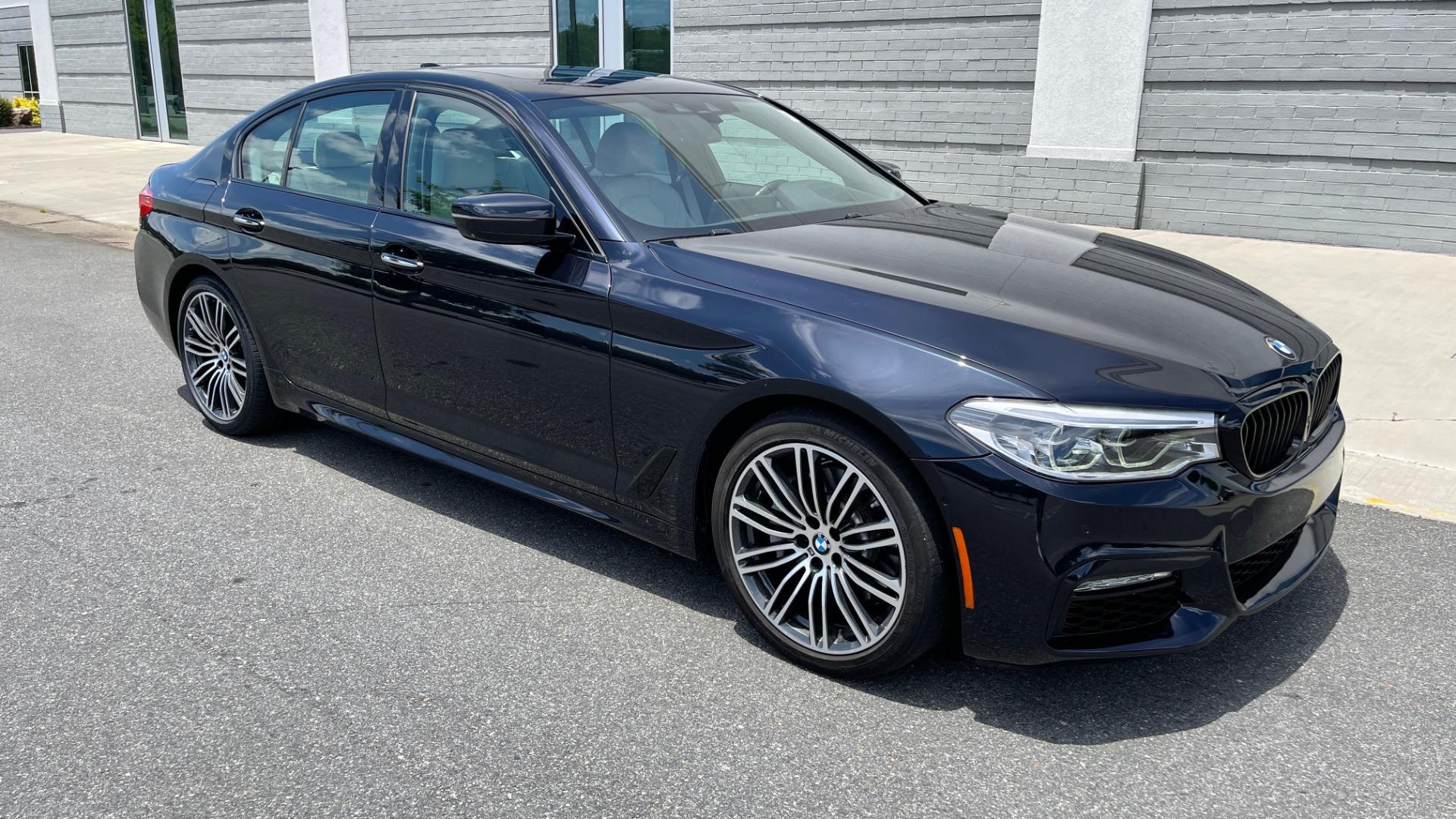 Used 2018 BMW 5 SERIES 540I M-SPORT / EXECUTIVE PKG / DRVR ASST PKG / BLIND SPOT / LANE DEPART for sale $40,995 at Formula Imports in Charlotte NC 28227 6