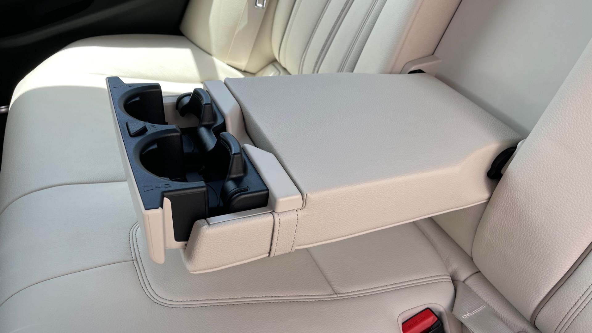 Used 2018 BMW 5 SERIES 540I M-SPORT / EXECUTIVE PKG / DRVR ASST PKG / BLIND SPOT / LANE DEPART for sale $40,995 at Formula Imports in Charlotte NC 28227 62