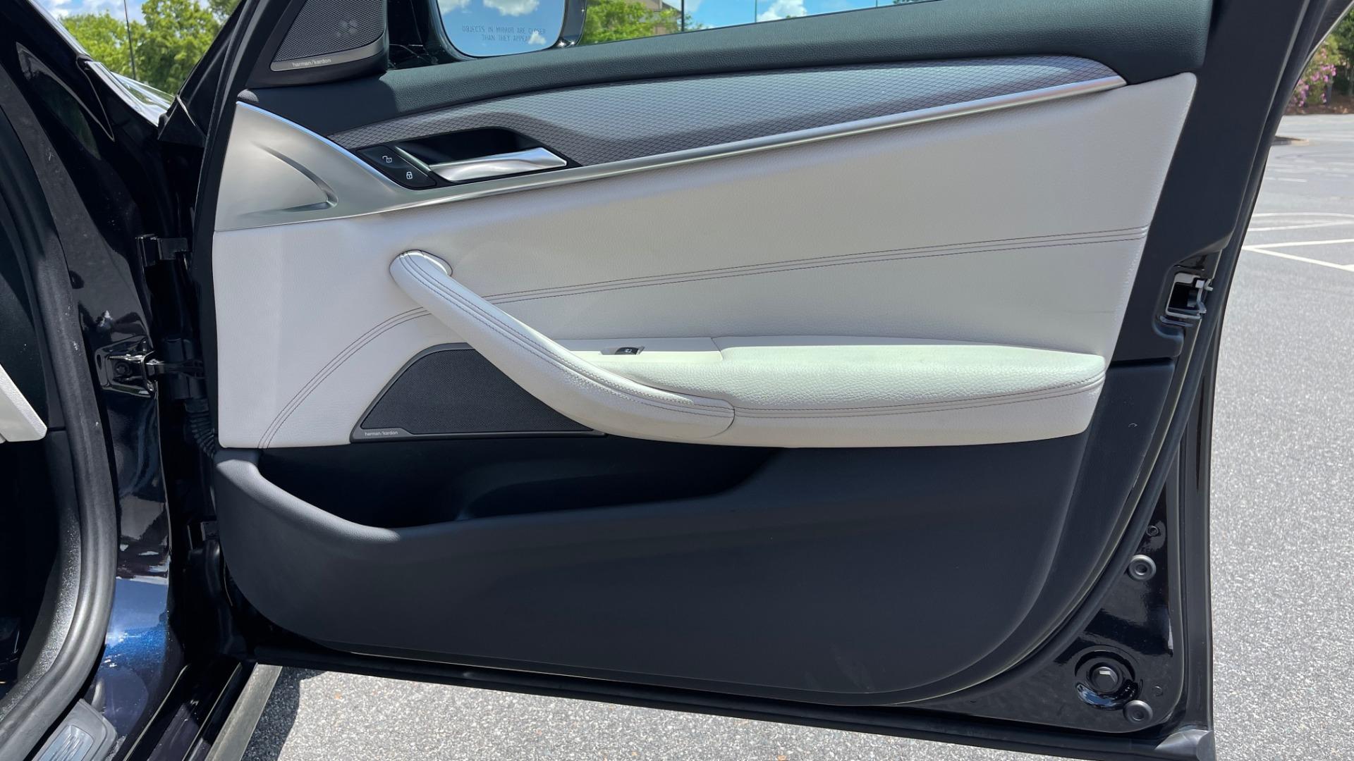 Used 2018 BMW 5 SERIES 540I M-SPORT / EXECUTIVE PKG / DRVR ASST PKG / BLIND SPOT / LANE DEPART for sale $40,995 at Formula Imports in Charlotte NC 28227 69