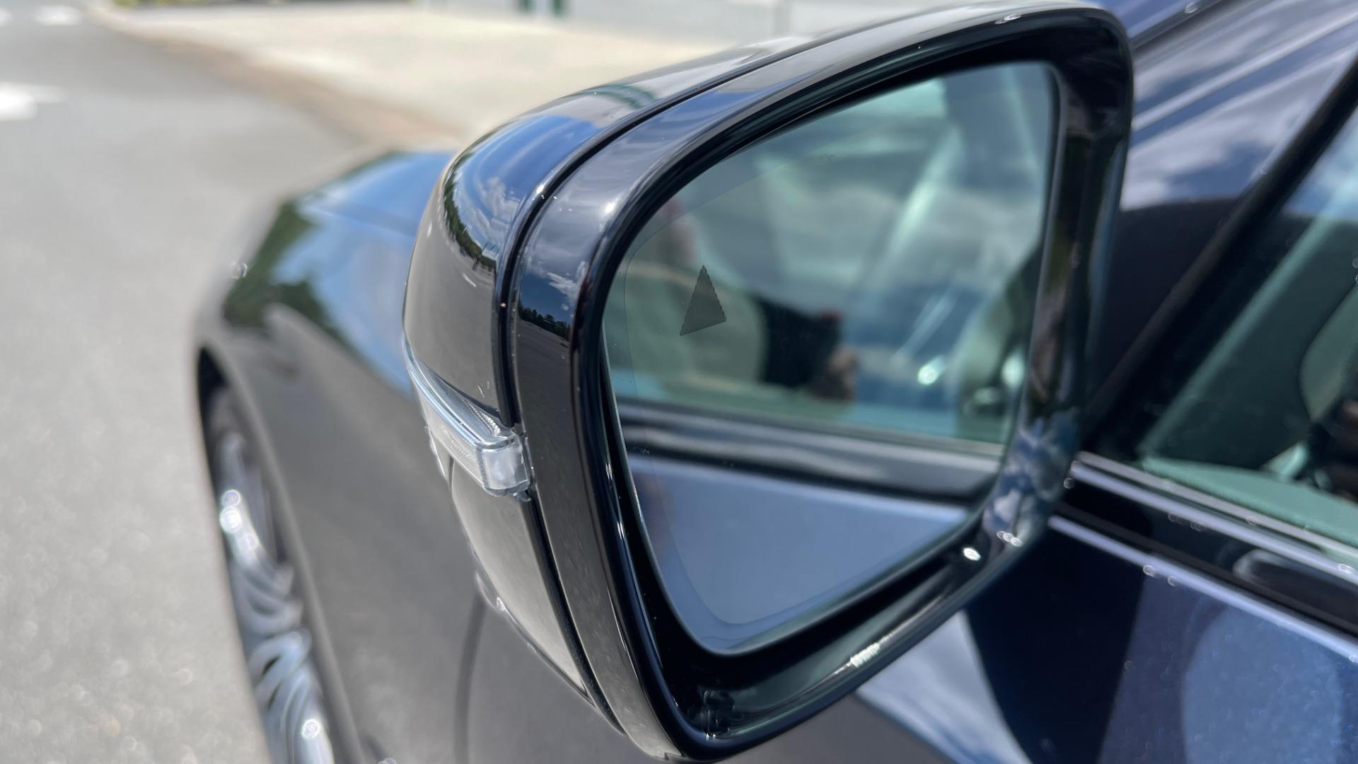 Used 2018 BMW 5 SERIES 540I M-SPORT / EXECUTIVE PKG / DRVR ASST PKG / BLIND SPOT / LANE DEPART for sale $40,995 at Formula Imports in Charlotte NC 28227 8