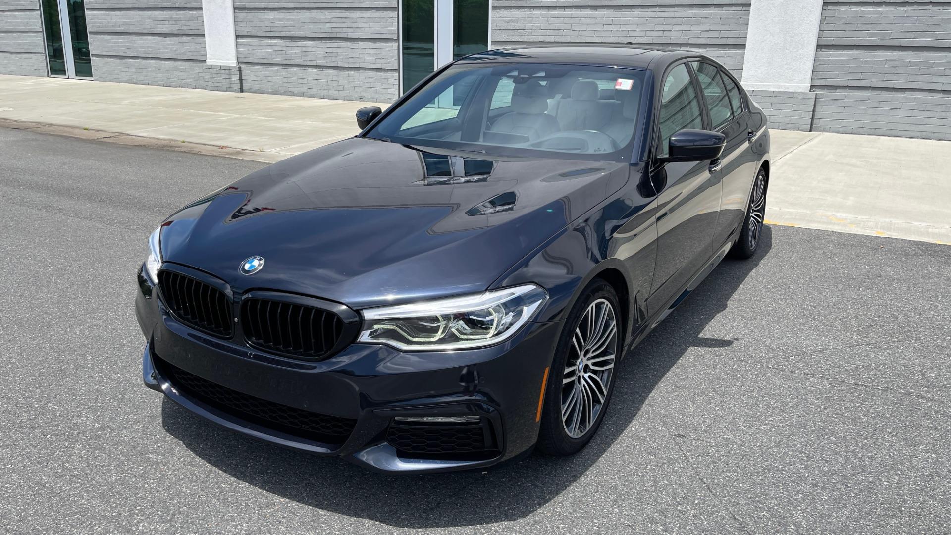 Used 2018 BMW 5 SERIES 540I M-SPORT / EXECUTIVE PKG / DRVR ASST PKG / BLIND SPOT / LANE DEPART for sale $40,995 at Formula Imports in Charlotte NC 28227 1