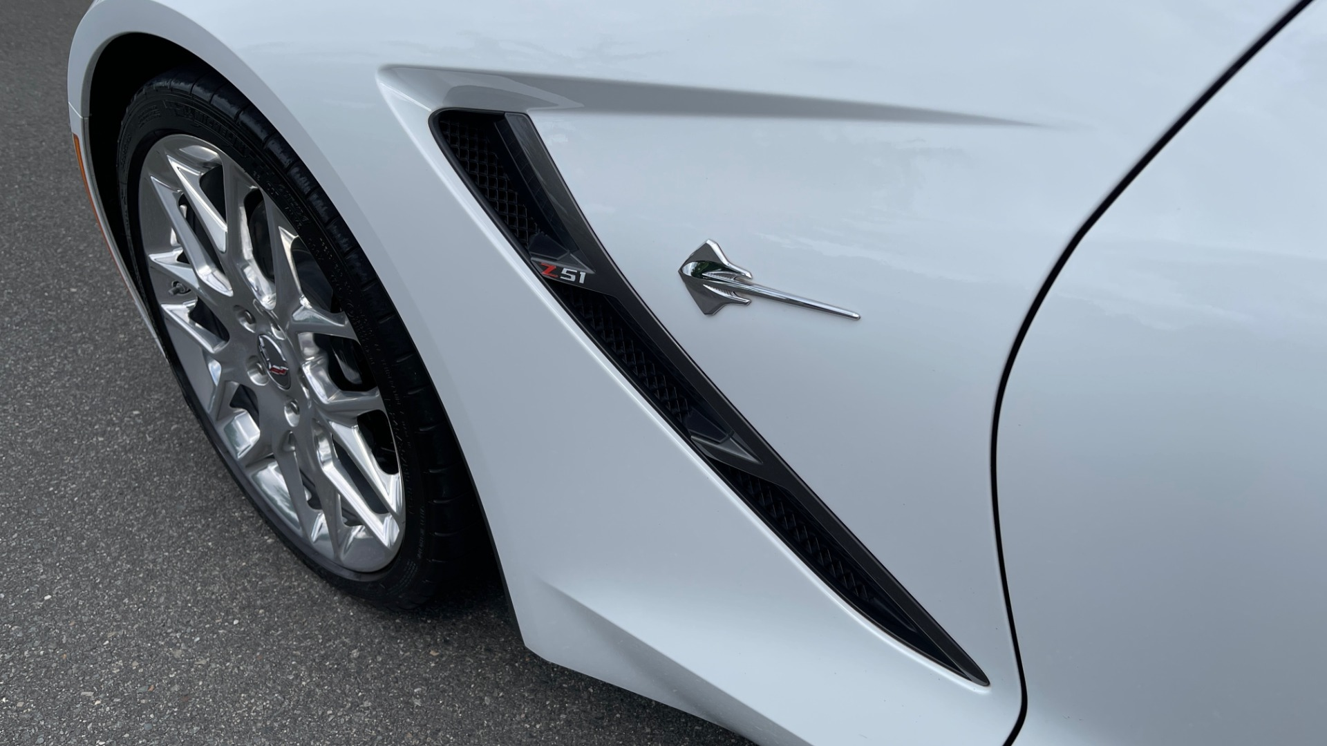 Used 2016 Chevrolet CORVETTE C7 STINGRAY COUPE Z51 3LT / NAV / PERF TRACTION MGMT / REARVIEW for sale Sold at Formula Imports in Charlotte NC 28227 10