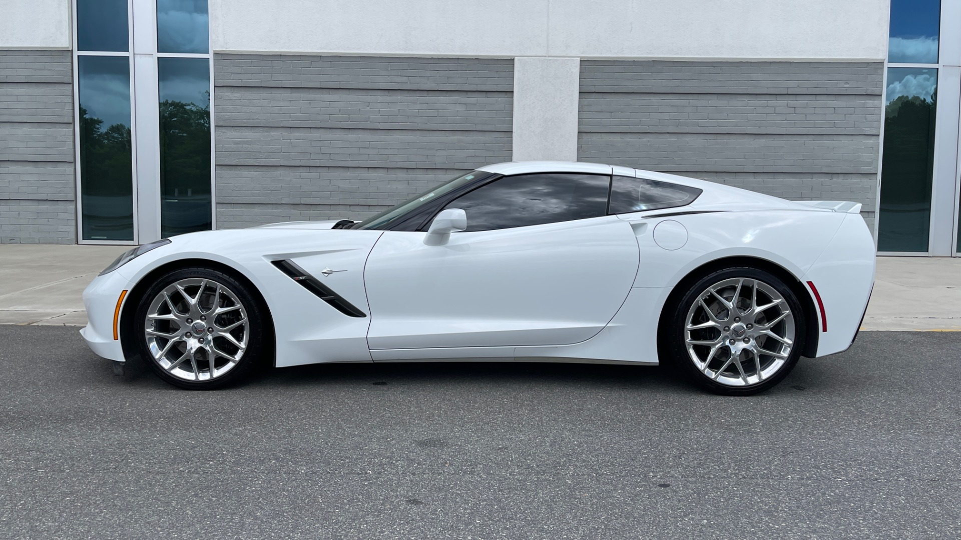 Used 2016 Chevrolet CORVETTE C7 STINGRAY COUPE Z51 3LT / NAV / PERF TRACTION MGMT / REARVIEW for sale Sold at Formula Imports in Charlotte NC 28227 6