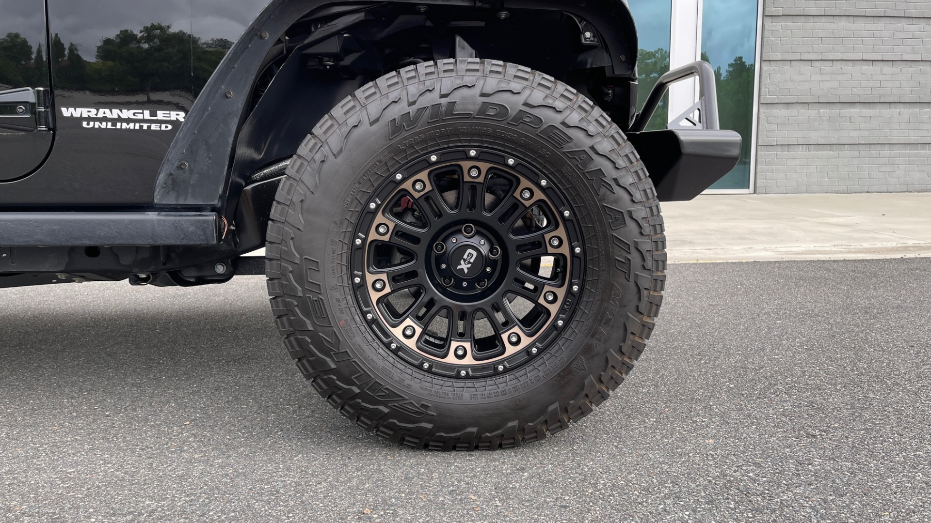 Used 2017 Jeep WRANGLER UNLIMITED RUBICON 4X4 / TOW PKG / HTD STS / ALPINE SOUND for sale Sold at Formula Imports in Charlotte NC 28227 73