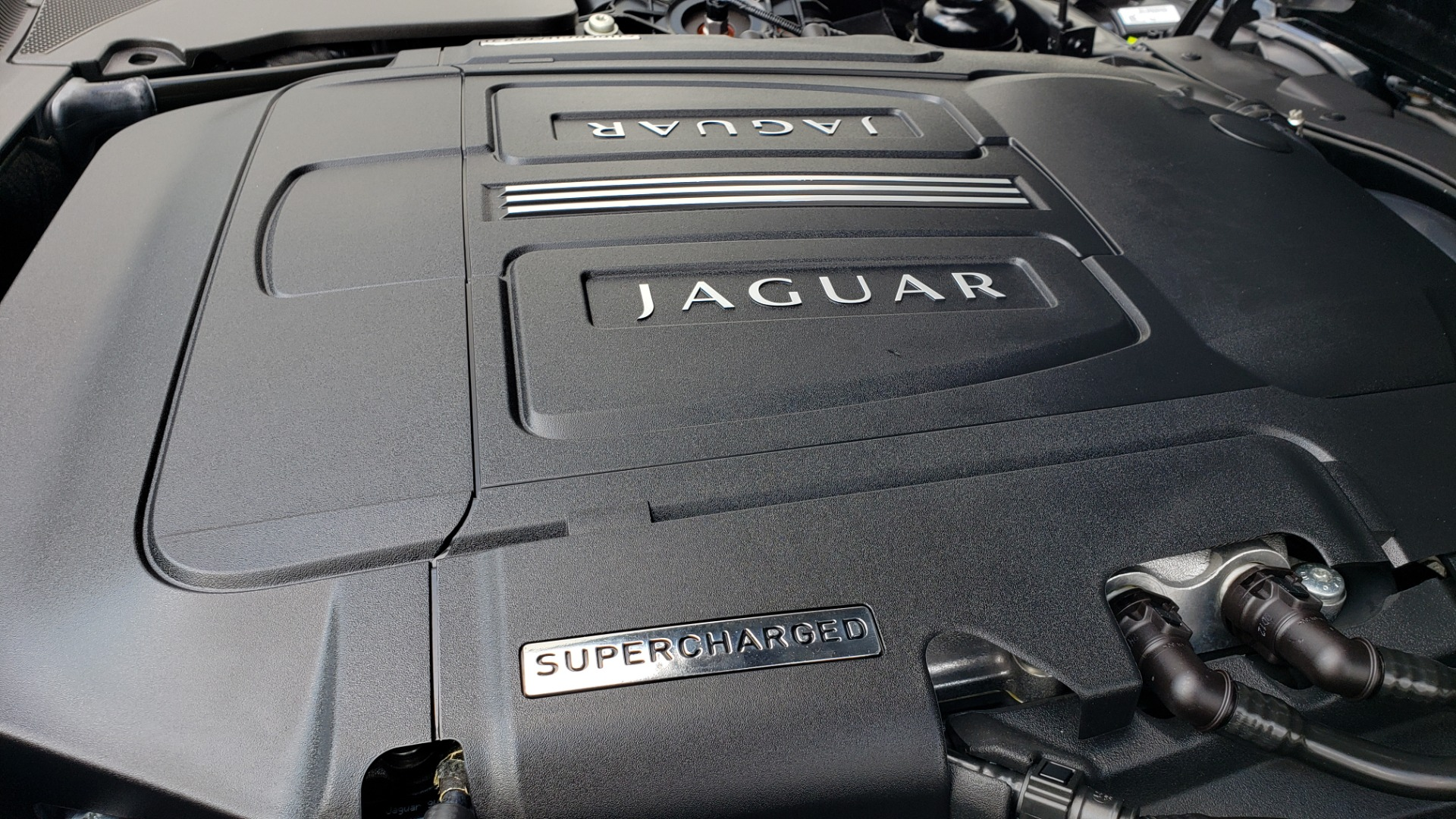 Used 2013 Jaguar XK R-S CONVERTIBLE / SC 5.0L V8 (550HP) / ZF 6-SPD AUTO / NAV / REARVIEW for sale $74,995 at Formula Imports in Charlotte NC 28227 27
