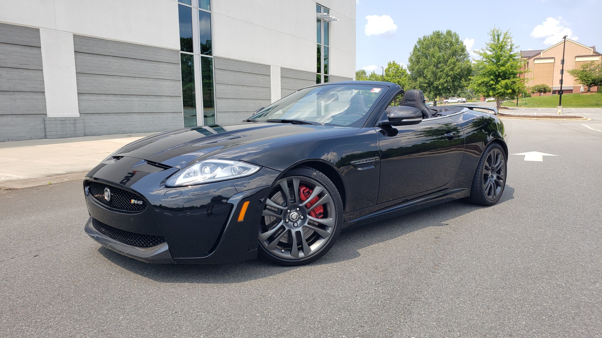 Used 2013 Jaguar XK R-S CONVERTIBLE / SC 5.0L V8 (550HP) / ZF 6-SPD AUTO / NAV / REARVIEW for sale $74,995 at Formula Imports in Charlotte NC 28227 1