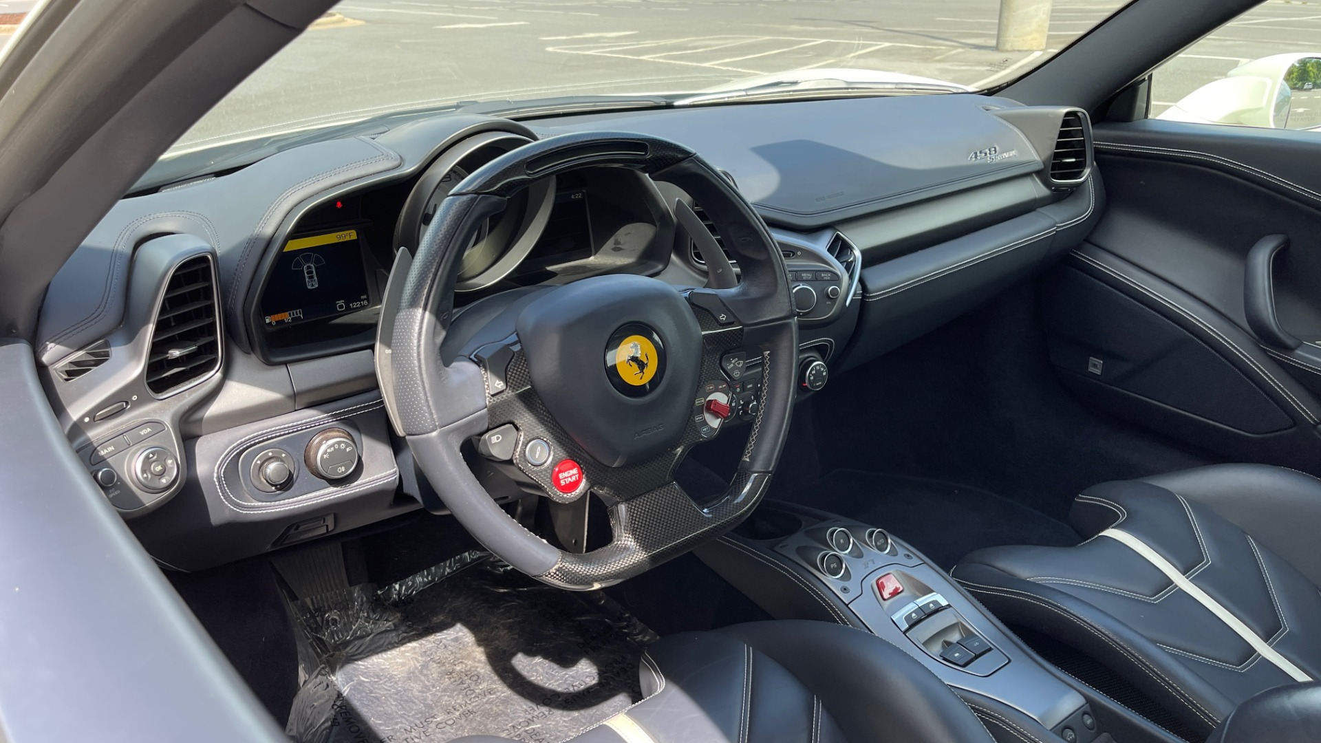 Used 2014 Ferrari 458 ITALIA SPIDER 570HP / F1 AUTO / CF SEATS / CARBON BRAKES / REARVIEW for sale $249,999 at Formula Imports in Charlotte NC 28227 44