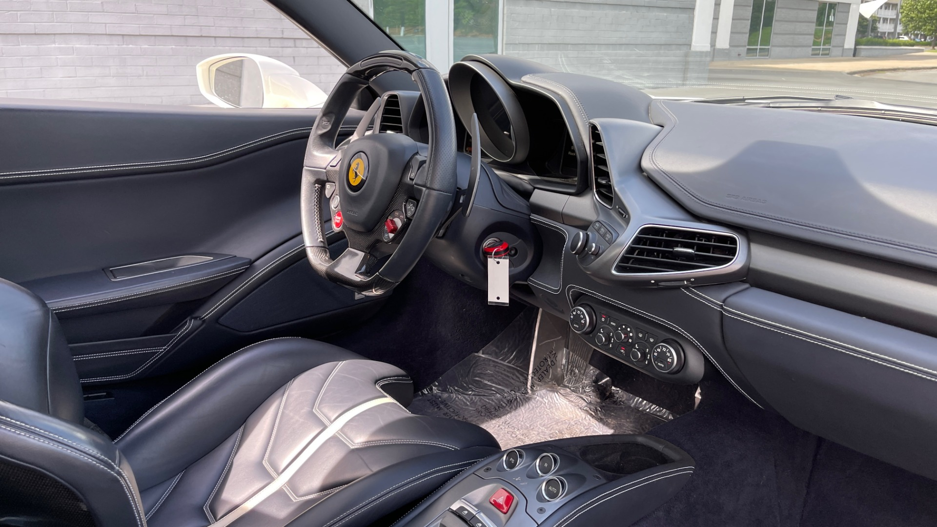 Used 2014 Ferrari 458 ITALIA SPIDER 570HP / F1 AUTO / CF SEATS / CARBON BRAKES / REARVIEW for sale $249,999 at Formula Imports in Charlotte NC 28227 68