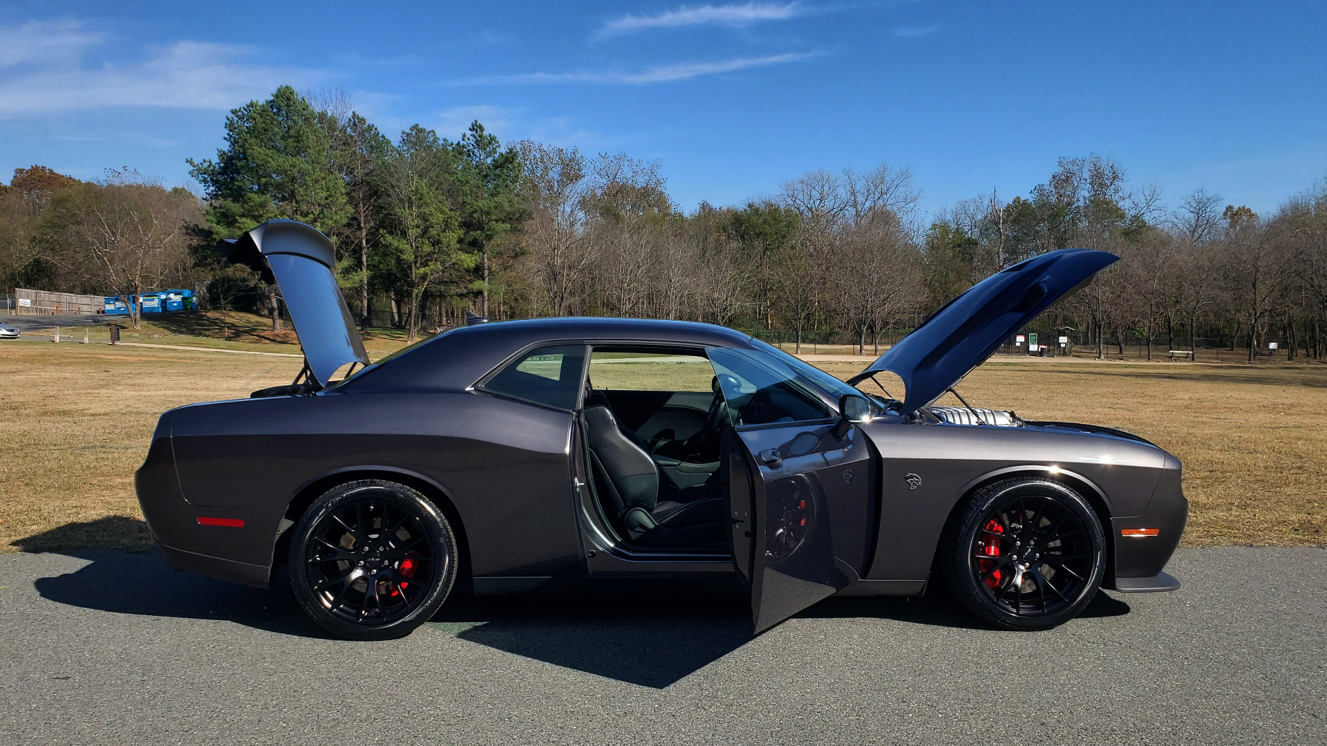 Used 2016 Dodge CHALLENGER SRT HELLCAT COUPE / 6-SPD MAN / NAV / SRT APPS / REARVIEW for sale Sold at Formula Imports in Charlotte NC 28227 16