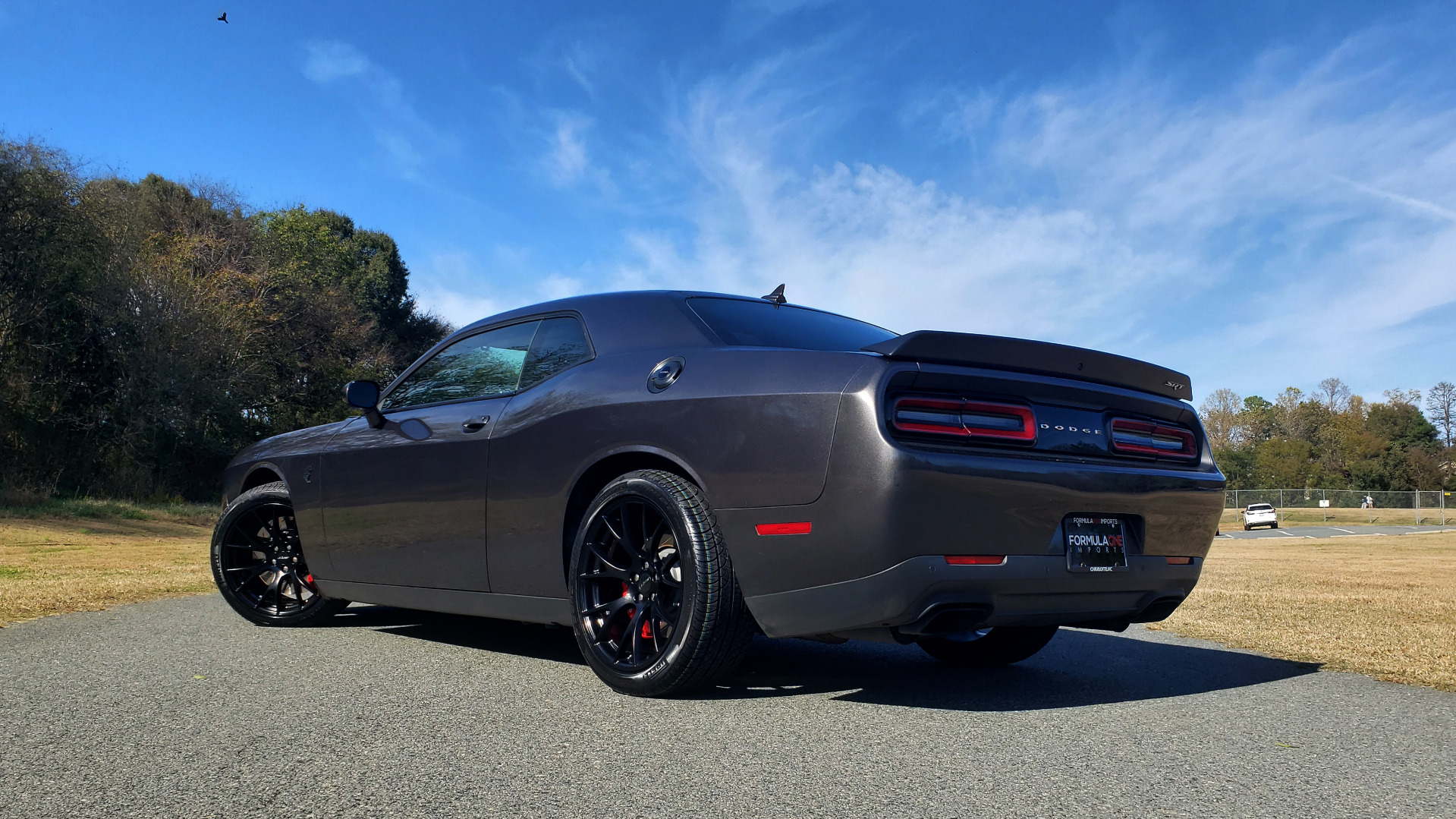 Used 2016 Dodge CHALLENGER SRT HELLCAT COUPE / 6-SPD MAN / NAV / SRT APPS / REARVIEW for sale Sold at Formula Imports in Charlotte NC 28227 9