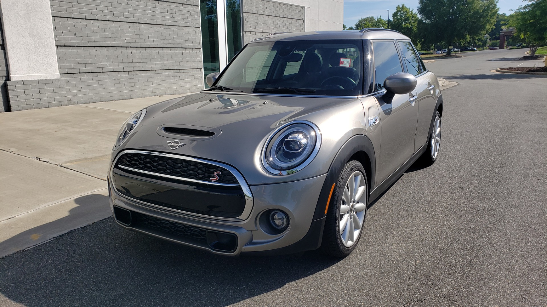 Used 2020 MINI HARDTOP 4 DOOR COOPER S / NAV / SUNROOF / AUTO / H/K SND / REARVIEW for sale $28,495 at Formula Imports in Charlotte NC 28227 2