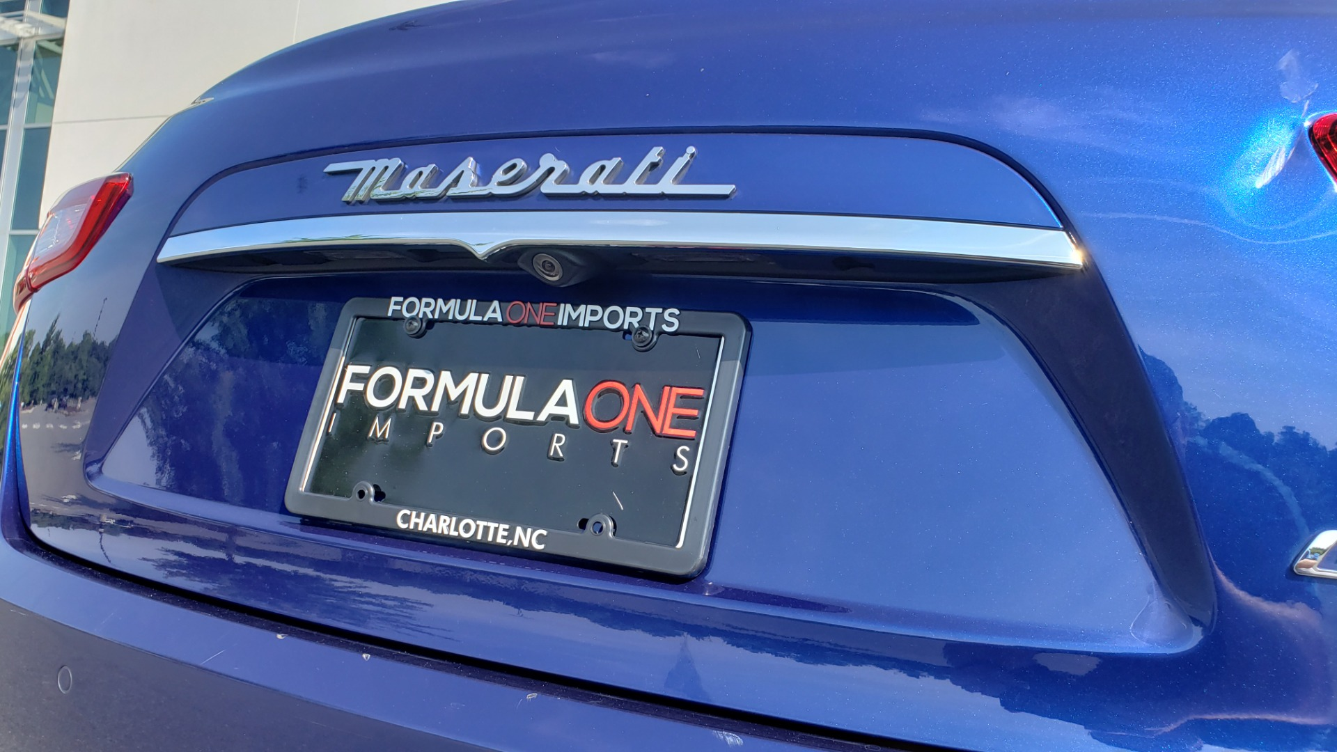 Used 2015 Maserati GHIBLI SEDAN / 3.0L V6 / 8-SPD AUTO / NAV / HTD STS / SUNROOF / REARVIEW for sale $24,495 at Formula Imports in Charlotte NC 28227 32