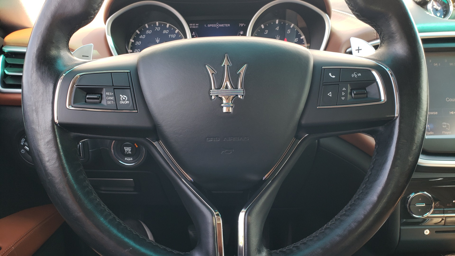 Used 2015 Maserati GHIBLI SEDAN / 3.0L V6 / 8-SPD AUTO / NAV / HTD STS / SUNROOF / REARVIEW for sale $24,495 at Formula Imports in Charlotte NC 28227 44