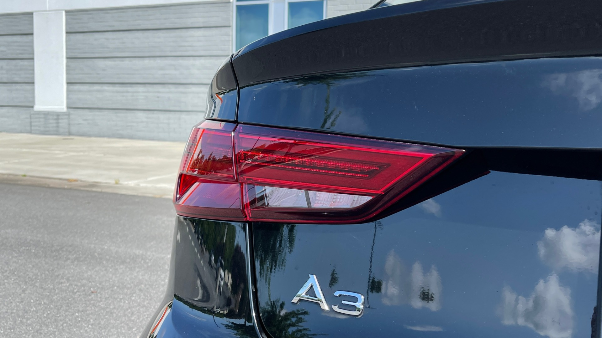 Used 2018 Audi A3 SEDAN PREMIUM PLUS / S-LINE / PANO-ROOF / PARK SYS / REARVIEW for sale $31,795 at Formula Imports in Charlotte NC 28227 18