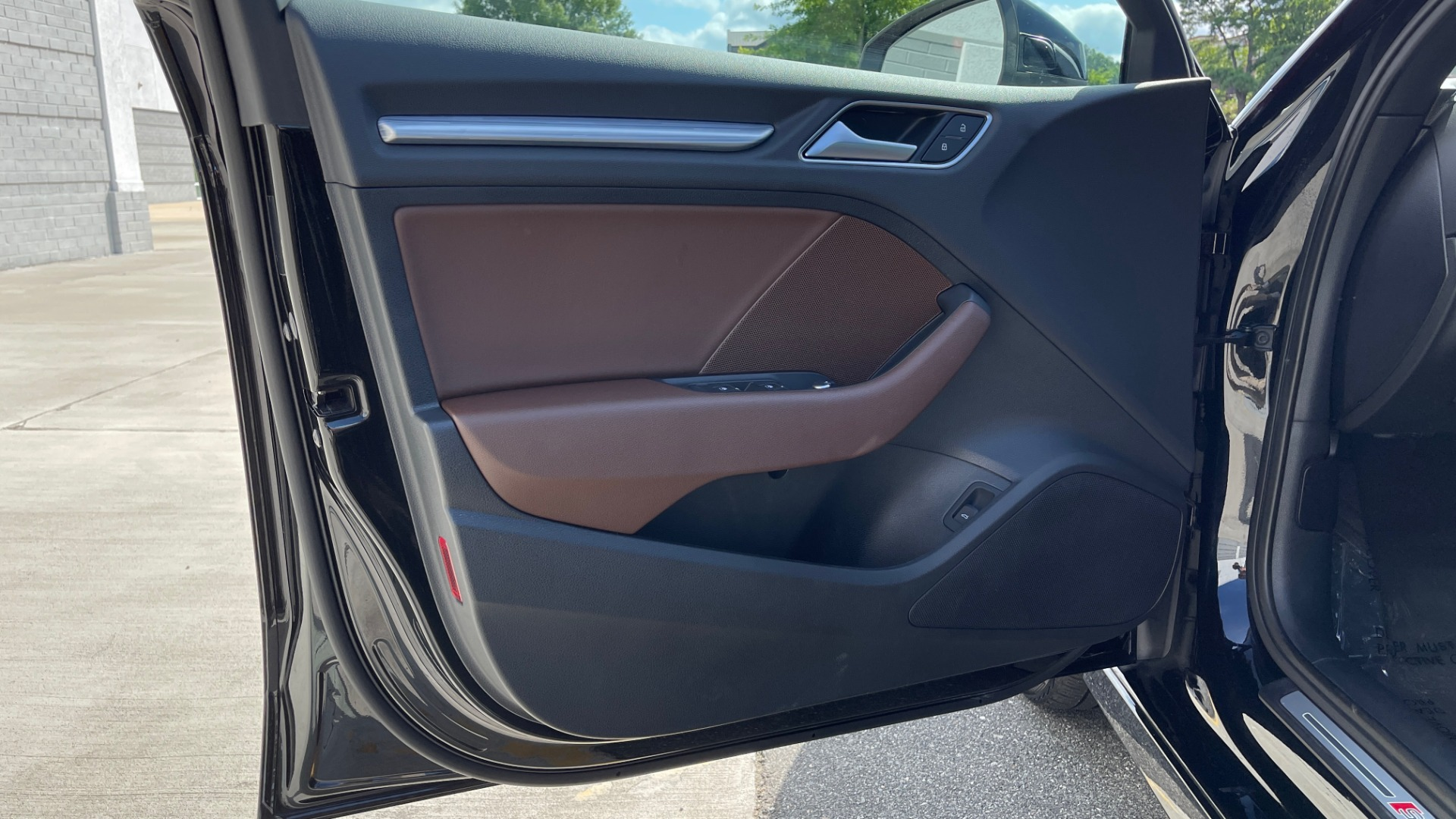 Used 2018 Audi A3 SEDAN PREMIUM PLUS / S-LINE / PANO-ROOF / PARK SYS / REARVIEW for sale $31,795 at Formula Imports in Charlotte NC 28227 24