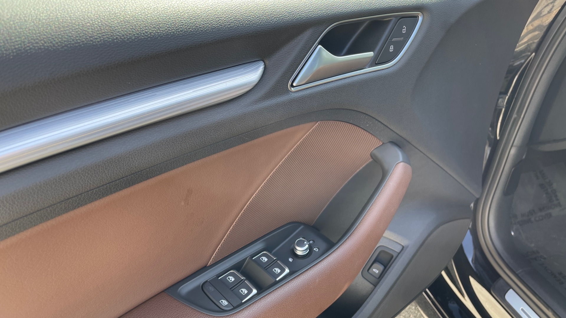 Used 2018 Audi A3 SEDAN PREMIUM PLUS / S-LINE / PANO-ROOF / PARK SYS / REARVIEW for sale $31,795 at Formula Imports in Charlotte NC 28227 25