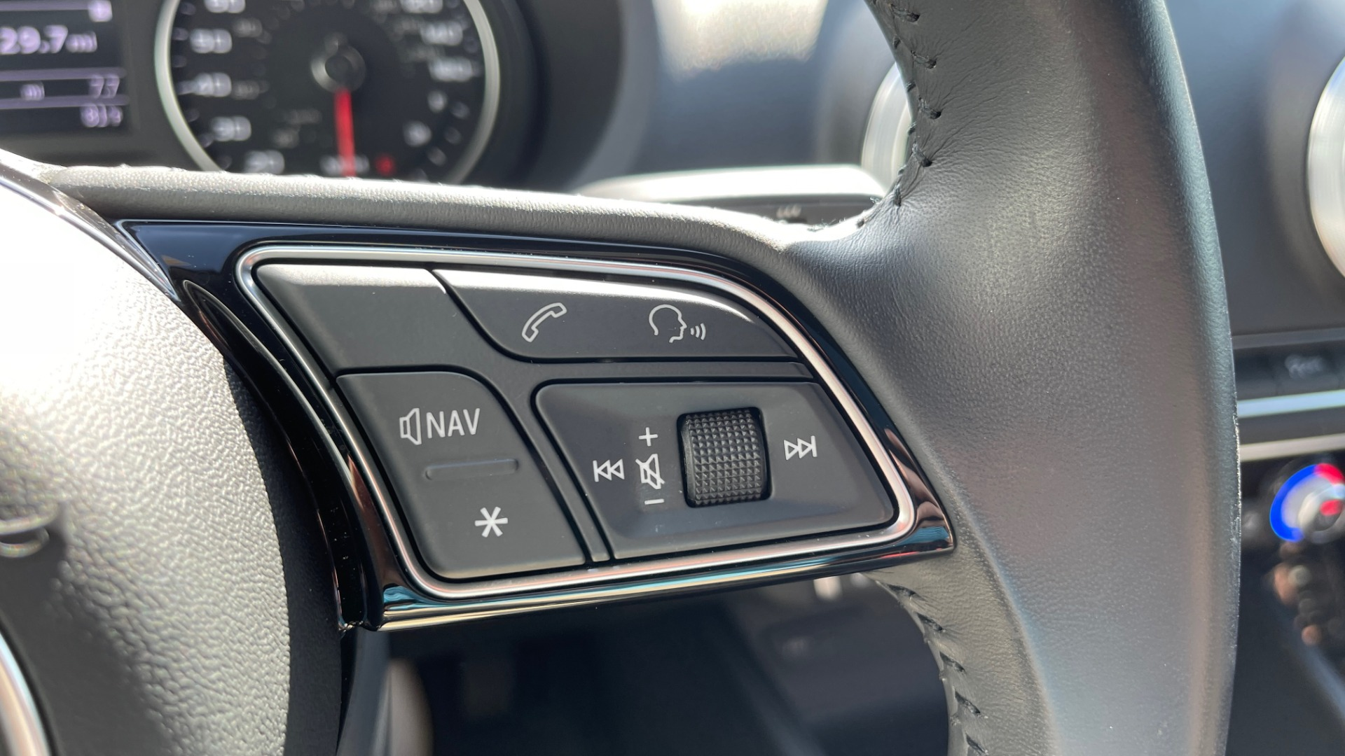 Used 2018 Audi A3 SEDAN PREMIUM PLUS / S-LINE / PANO-ROOF / PARK SYS / REARVIEW for sale $31,795 at Formula Imports in Charlotte NC 28227 33