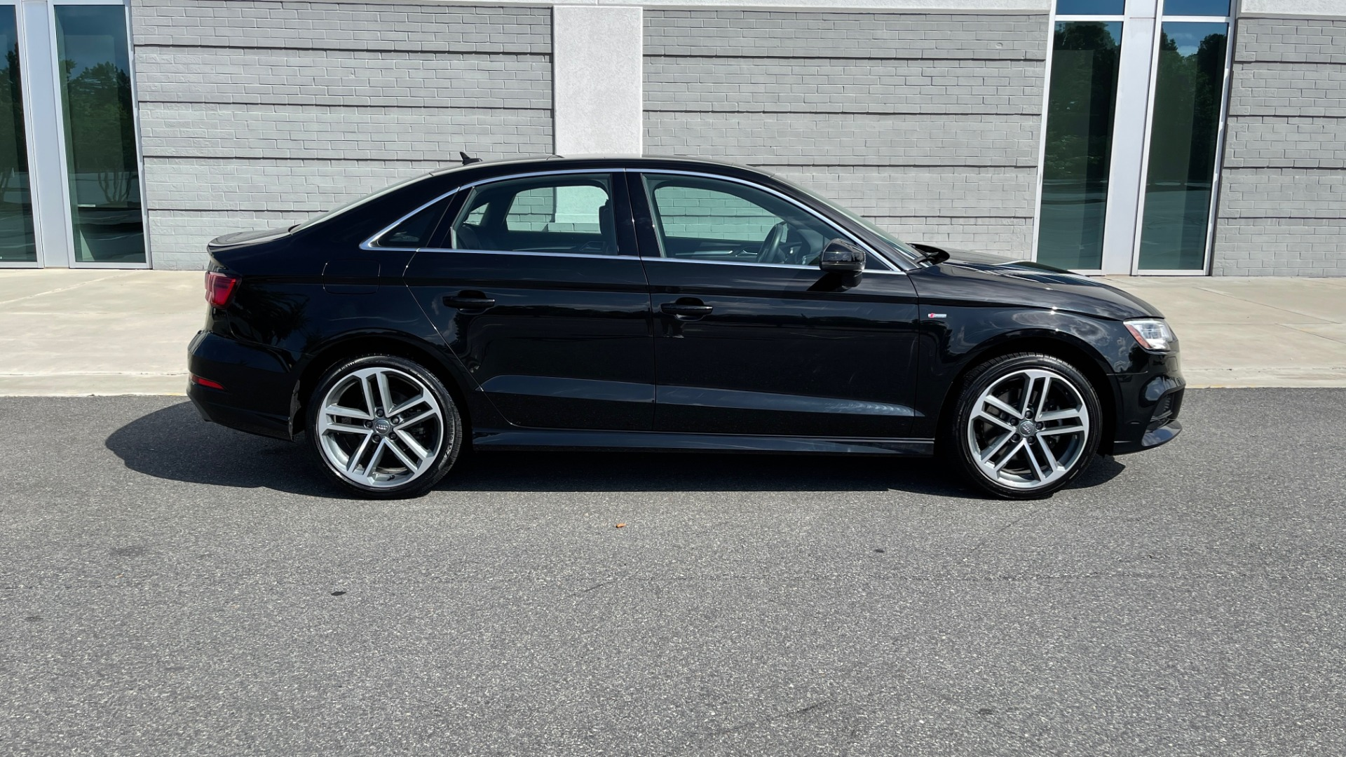 Used 2018 Audi A3 SEDAN PREMIUM PLUS / S-LINE / PANO-ROOF / PARK SYS / REARVIEW for sale $31,795 at Formula Imports in Charlotte NC 28227 7