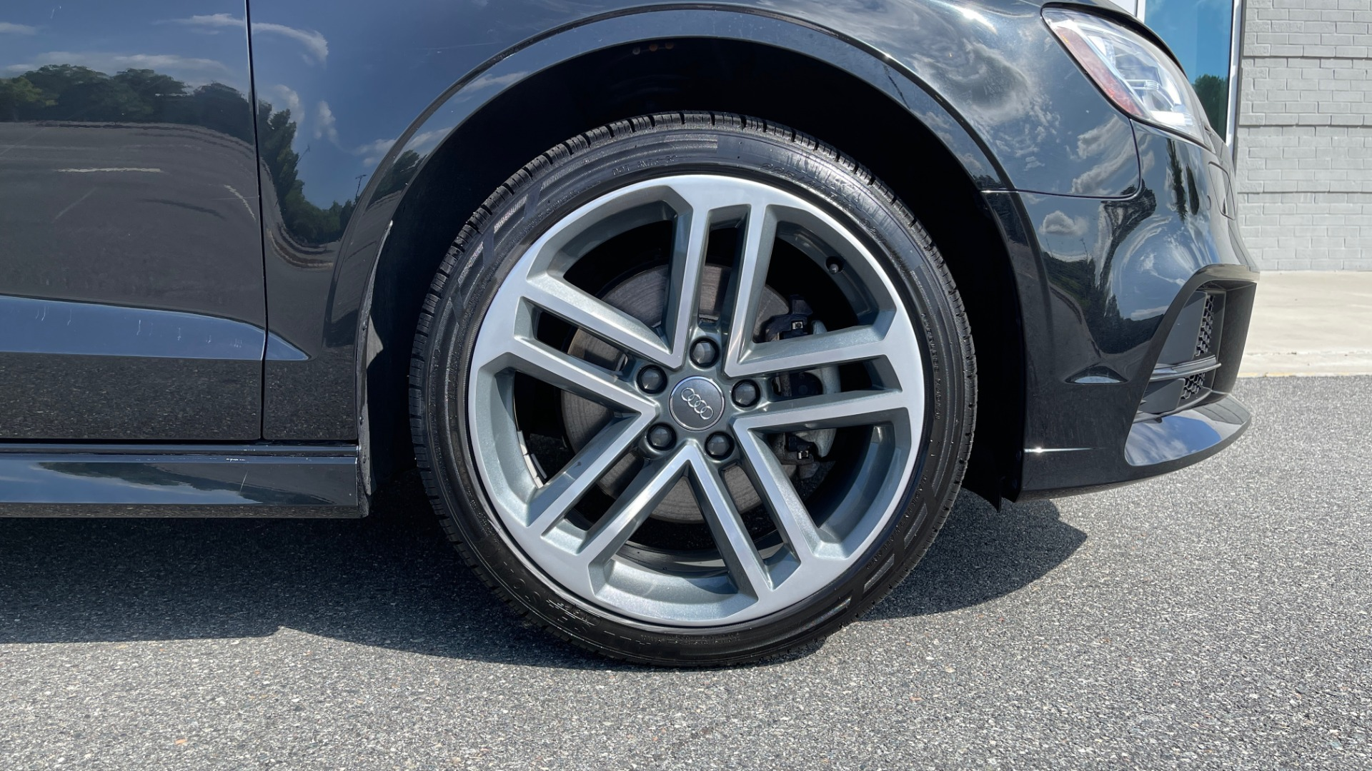 Used 2018 Audi A3 SEDAN PREMIUM PLUS / S-LINE / PANO-ROOF / PARK SYS / REARVIEW for sale $31,795 at Formula Imports in Charlotte NC 28227 70