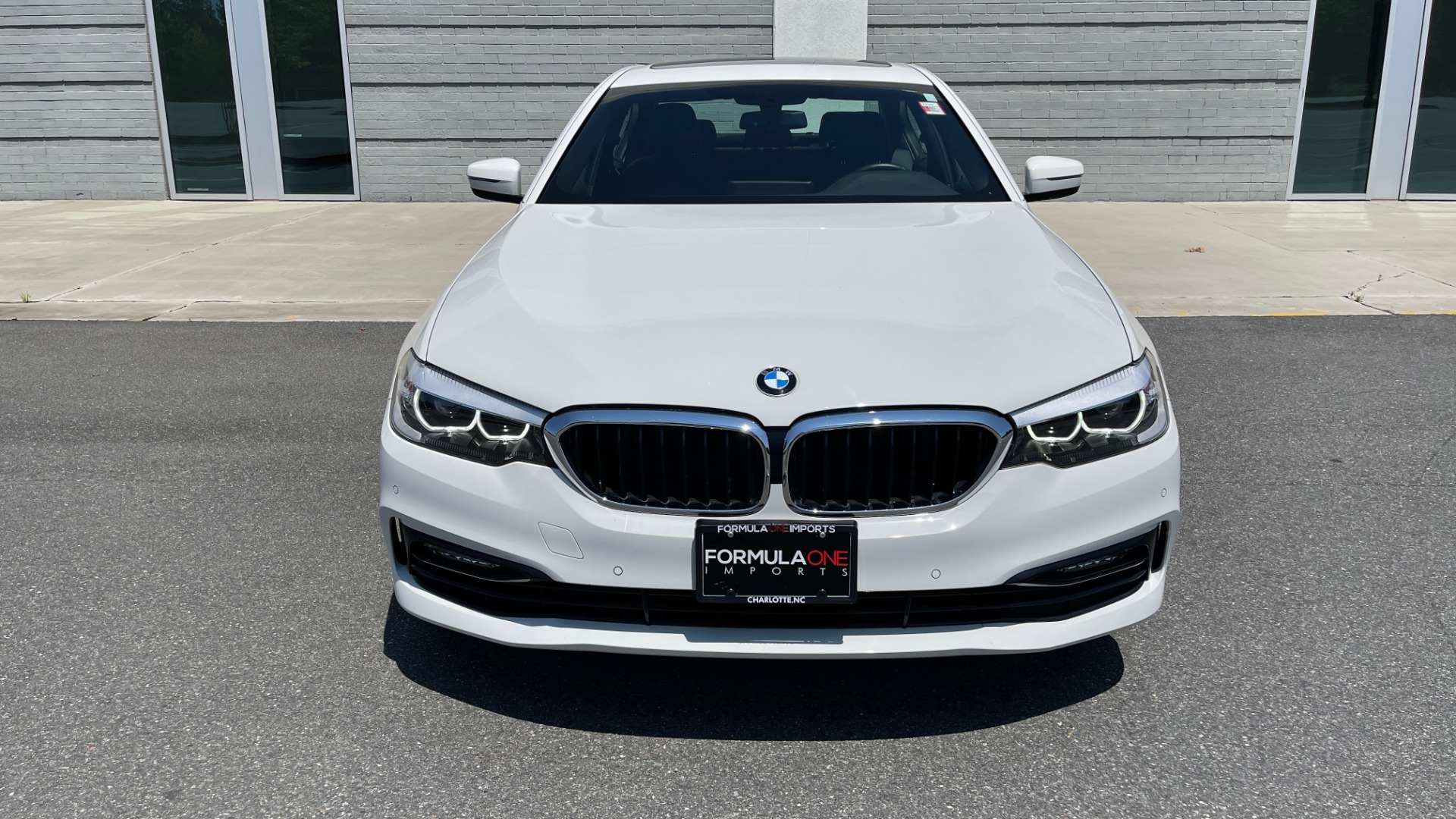 Used 2018 BMW 5 SERIES 540IXDRIVE PREMIUM / PARK ASSIST / KEYLESS ENTRY / SUNROOF / REARVIEW for sale $42,995 at Formula Imports in Charlotte NC 28227 10
