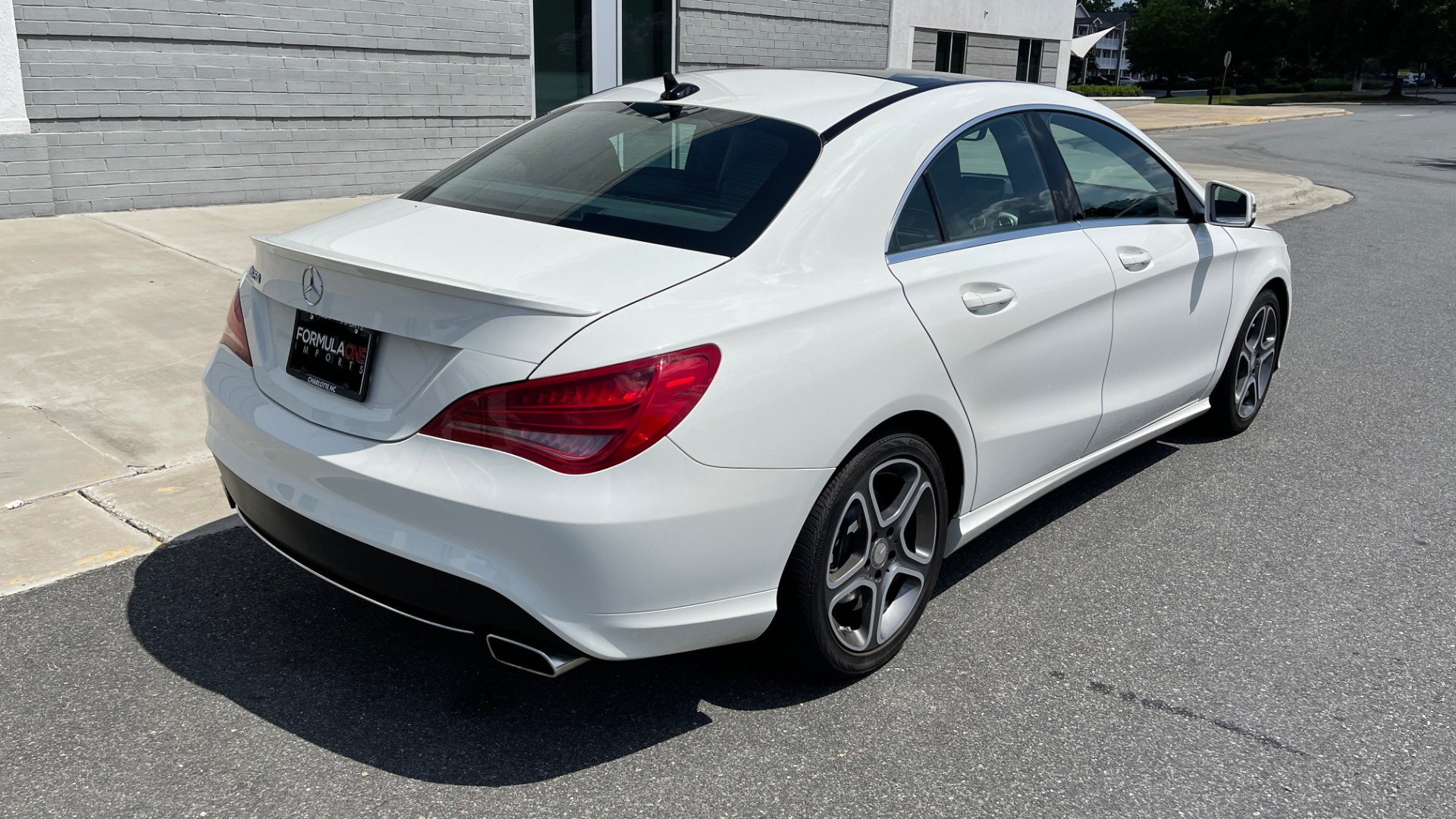 Used 2014 Mercedes-Benz CLA-Class 250 PREMIUM / NAV / MULTIMEDIA PKG / PANO-ROOF / REARVIEW for sale $19,495 at Formula Imports in Charlotte NC 28227 2