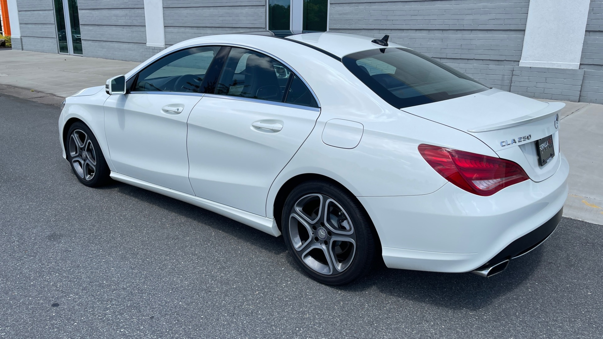 Used 2014 Mercedes-Benz CLA-Class 250 PREMIUM / NAV / MULTIMEDIA PKG / PANO-ROOF / REARVIEW for sale $19,495 at Formula Imports in Charlotte NC 28227 5