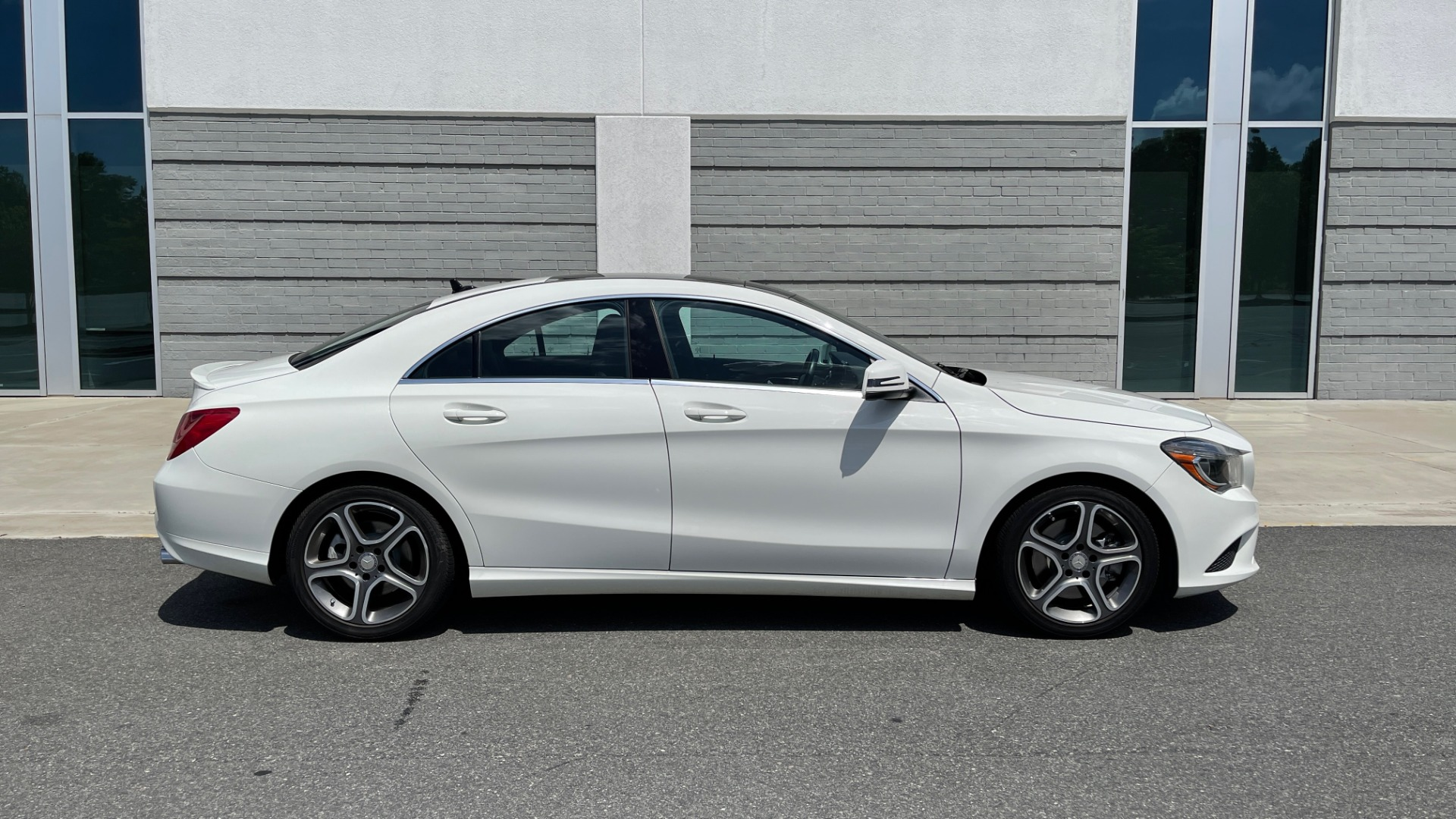 Used 2014 Mercedes-Benz CLA-Class 250 PREMIUM / NAV / MULTIMEDIA PKG / PANO-ROOF / REARVIEW for sale $19,495 at Formula Imports in Charlotte NC 28227 7