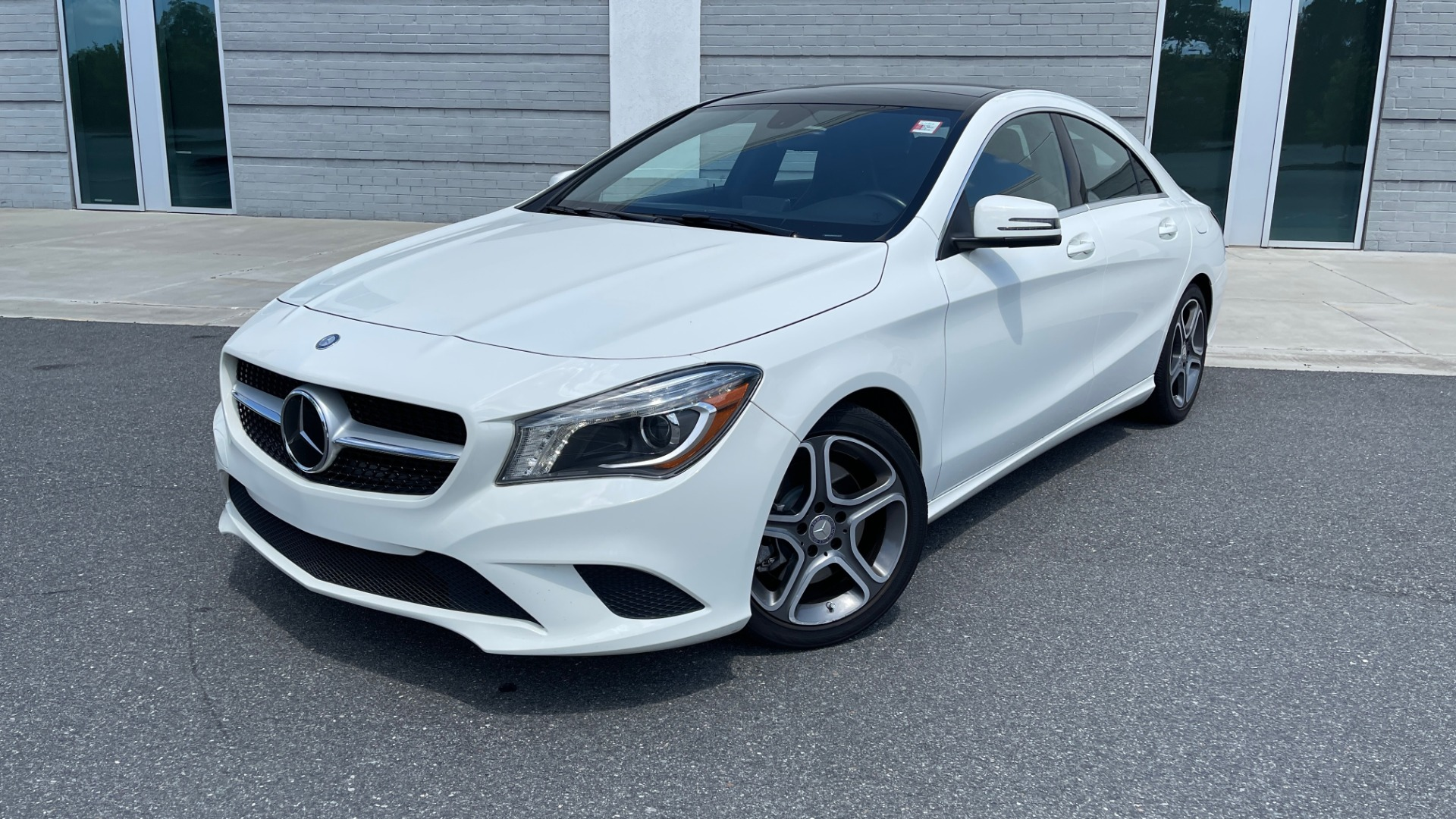 Used 2014 Mercedes-Benz CLA-Class 250 PREMIUM / NAV / MULTIMEDIA PKG / PANO-ROOF / REARVIEW for sale $19,495 at Formula Imports in Charlotte NC 28227 1