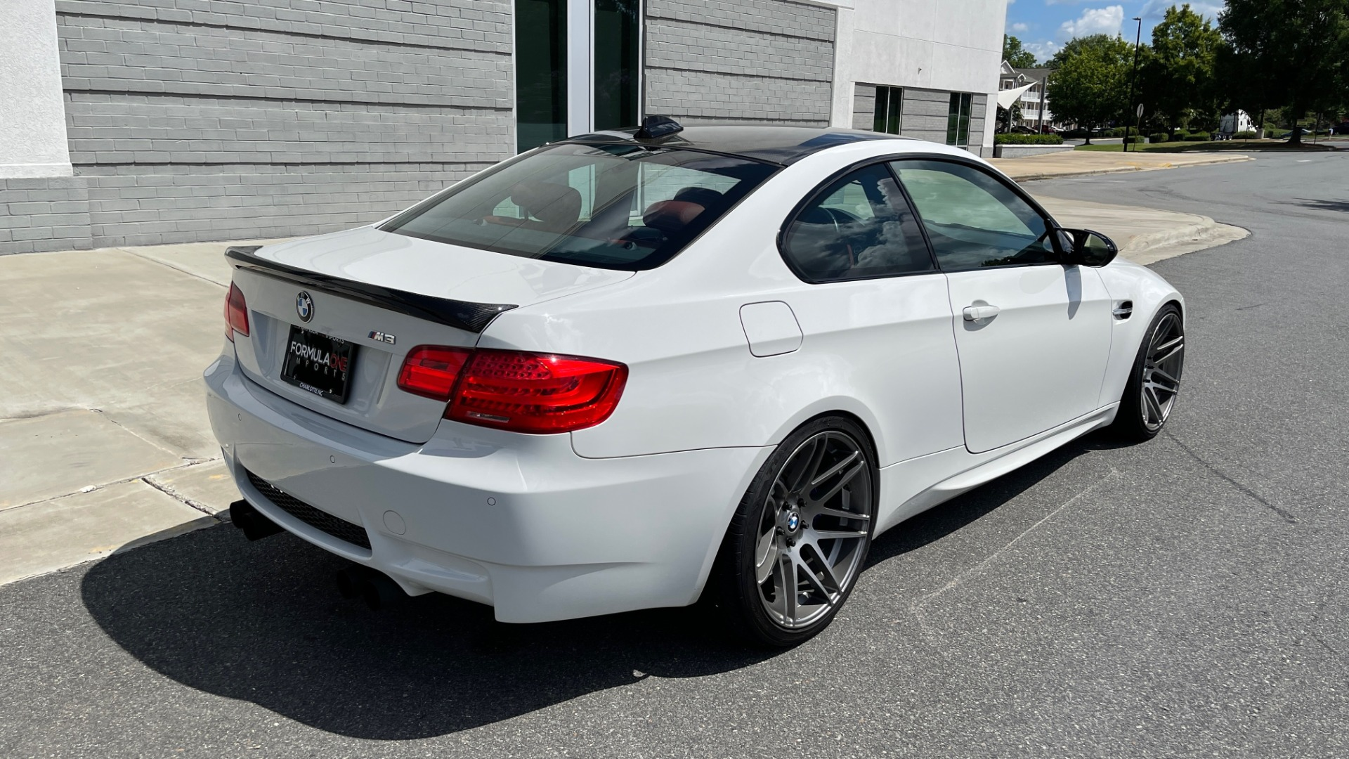 Used 2011 BMW M3 PREMIUM COUPE / CLD WTHR / TECH / SMARTPHONEINT / PARK ASST for sale Sold at Formula Imports in Charlotte NC 28227 2