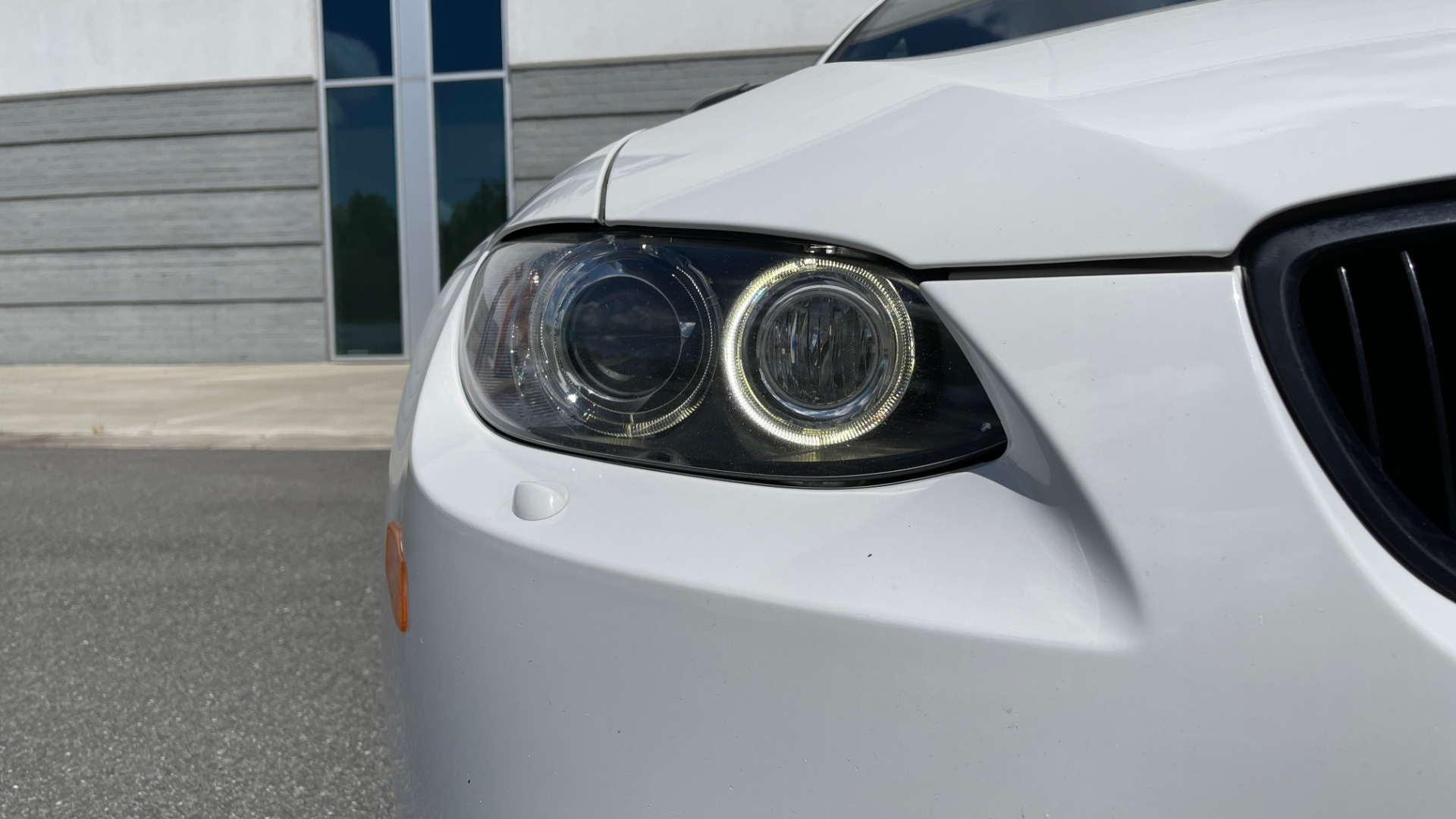 Used 2011 BMW M3 PREMIUM COUPE / CLD WTHR / TECH / SMARTPHONEINT / PARK ASST for sale Sold at Formula Imports in Charlotte NC 28227 21