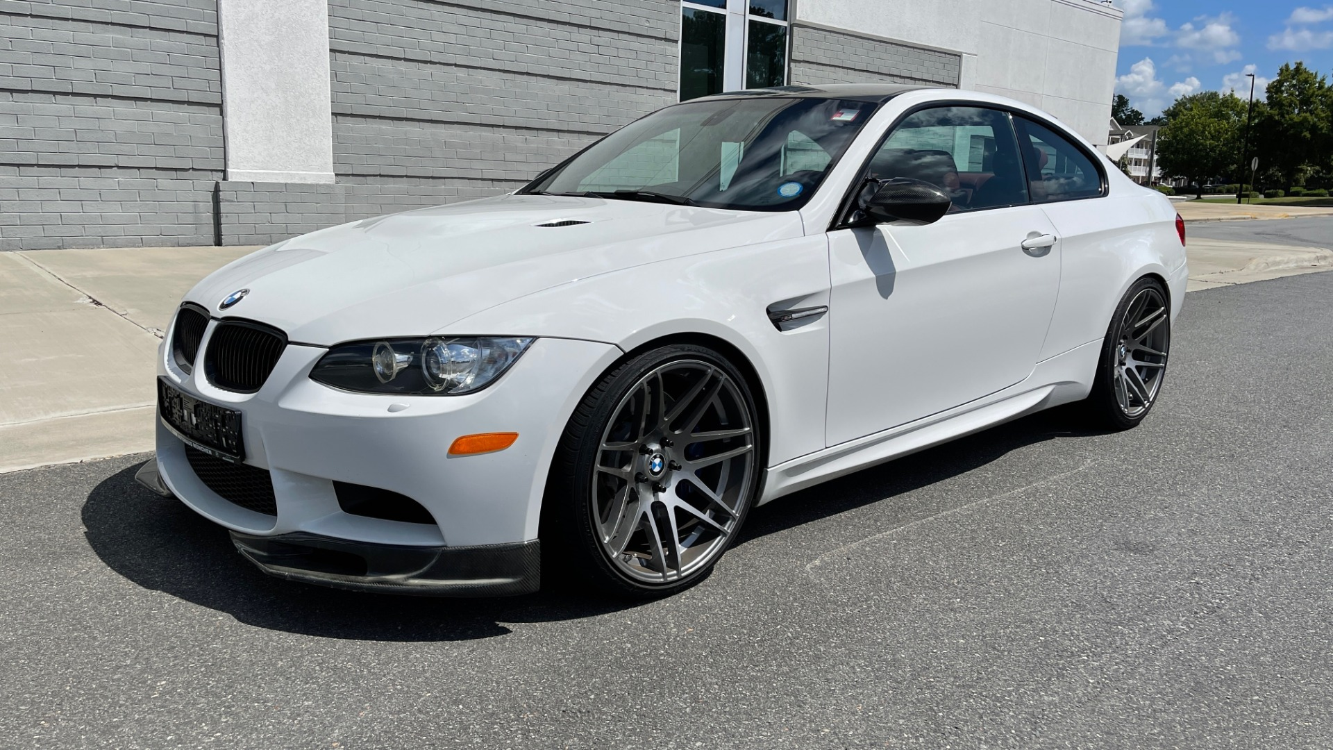 Used 2011 BMW M3 PREMIUM COUPE / CLD WTHR / TECH / SMARTPHONEINT / PARK ASST for sale Sold at Formula Imports in Charlotte NC 28227 3
