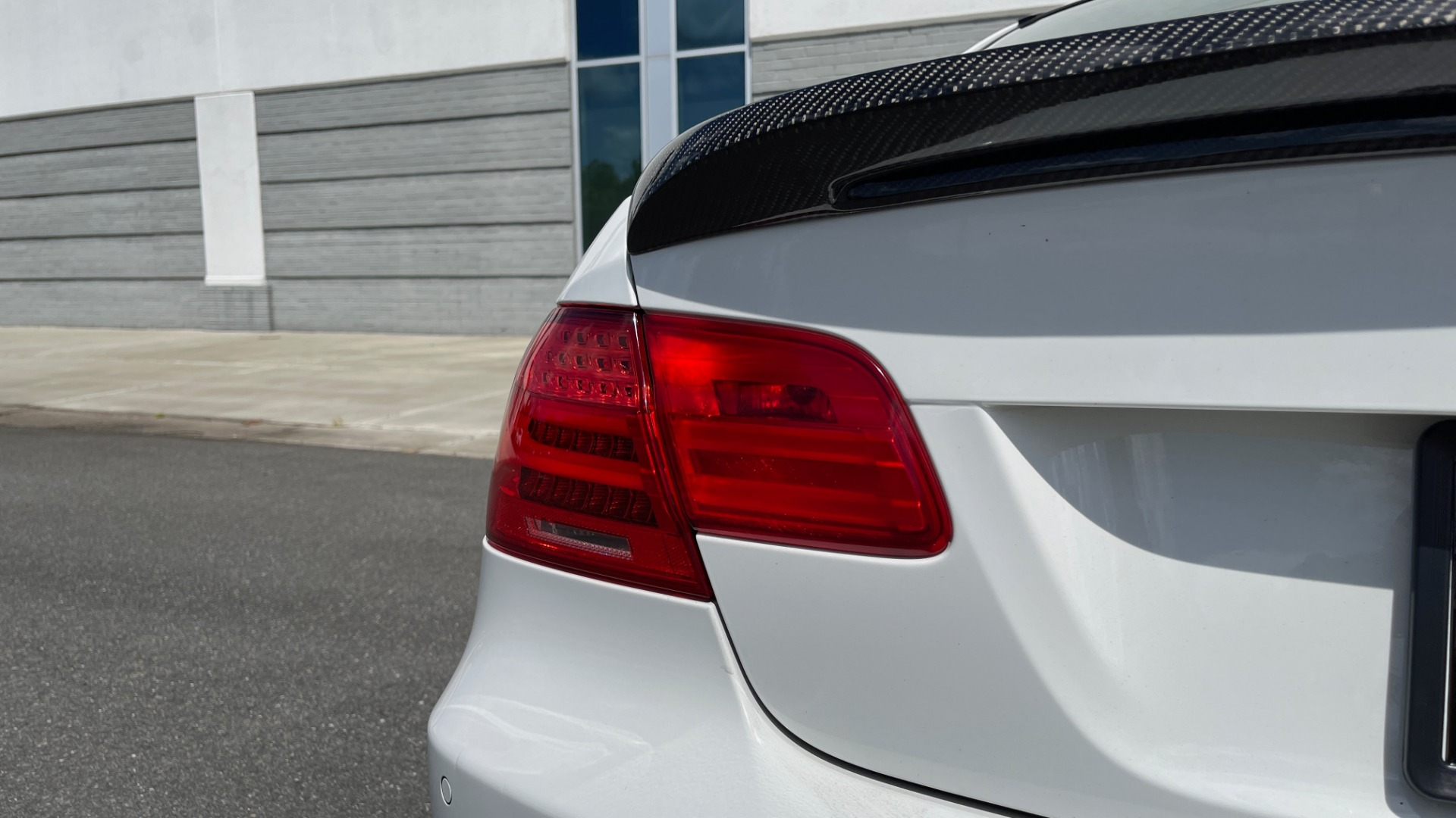 Used 2011 BMW M3 PREMIUM COUPE / CLD WTHR / TECH / SMARTPHONEINT / PARK ASST for sale Sold at Formula Imports in Charlotte NC 28227 32