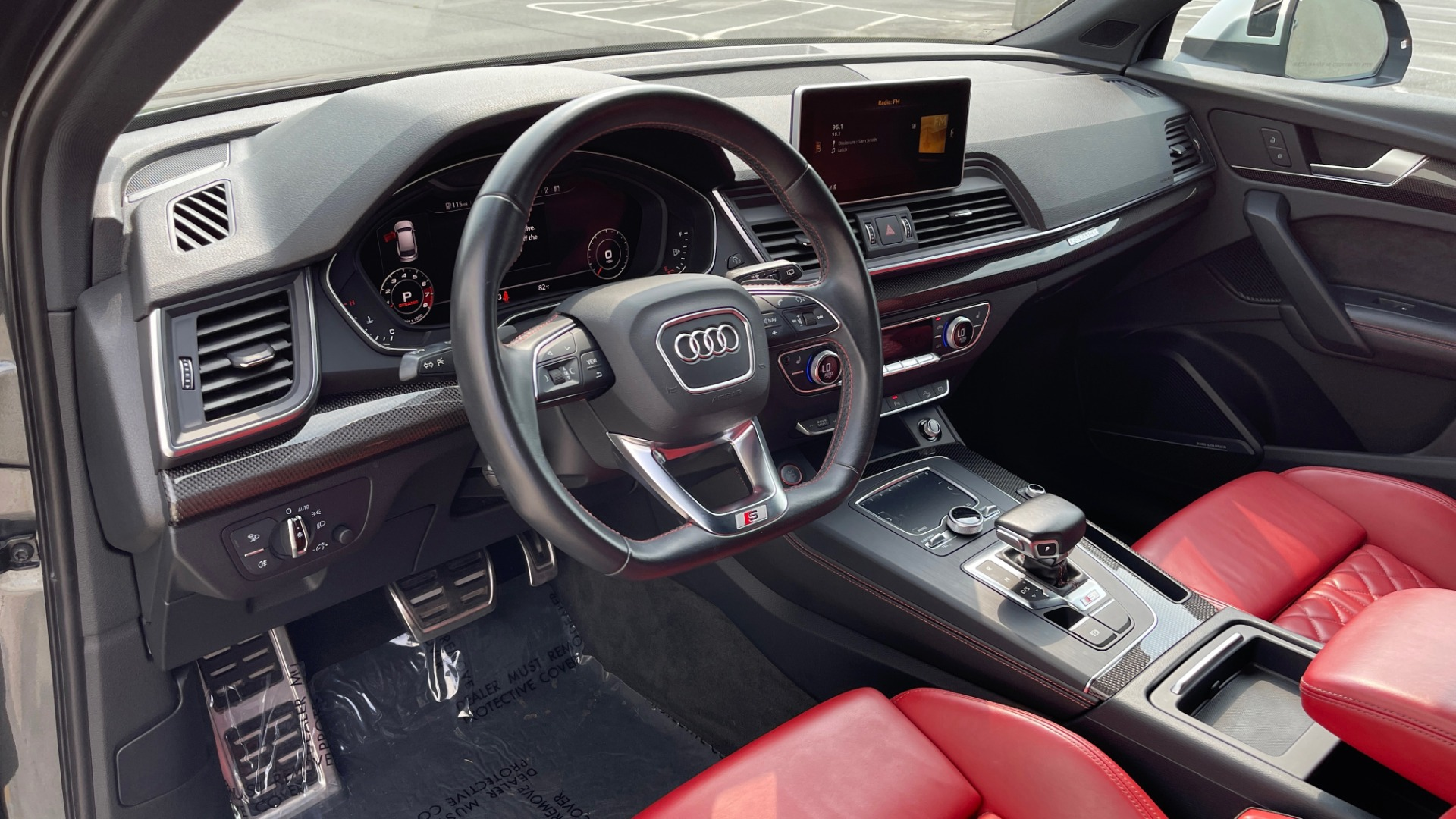 Used 2018 Audi SQ5 PREMIUM PLUS / S-SPORT / NAV / B&O SND / SUNROOF / REARVIEW for sale $43,995 at Formula Imports in Charlotte NC 28227 32