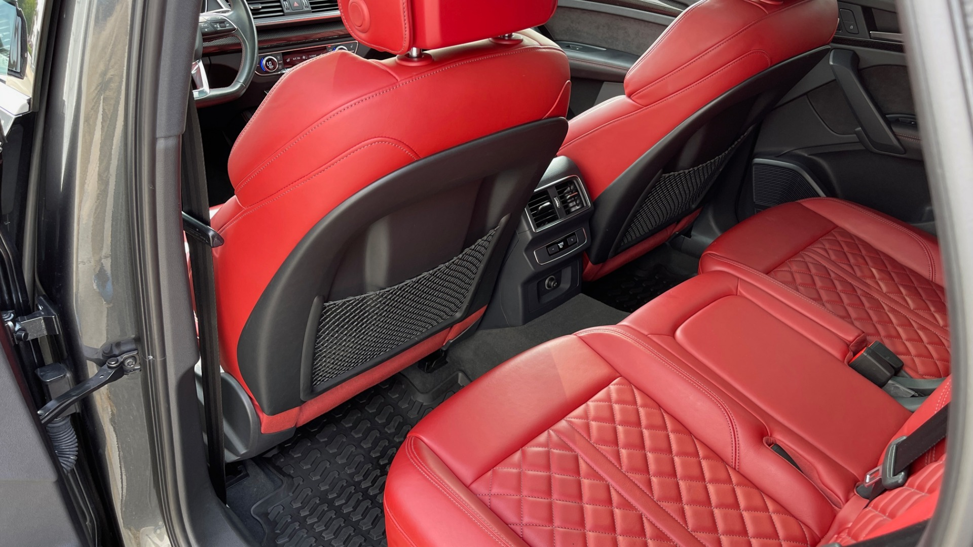 Used 2018 Audi SQ5 PREMIUM PLUS / S-SPORT / NAV / B&O SND / SUNROOF / REARVIEW for sale $43,995 at Formula Imports in Charlotte NC 28227 58