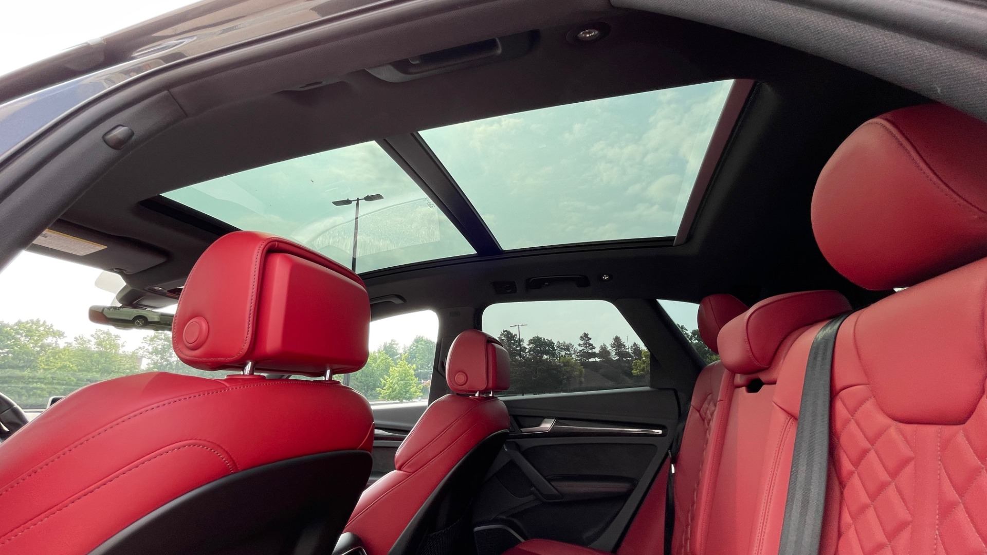Used 2018 Audi SQ5 PREMIUM PLUS / S-SPORT / NAV / B&O SND / SUNROOF / REARVIEW for sale $43,995 at Formula Imports in Charlotte NC 28227 63