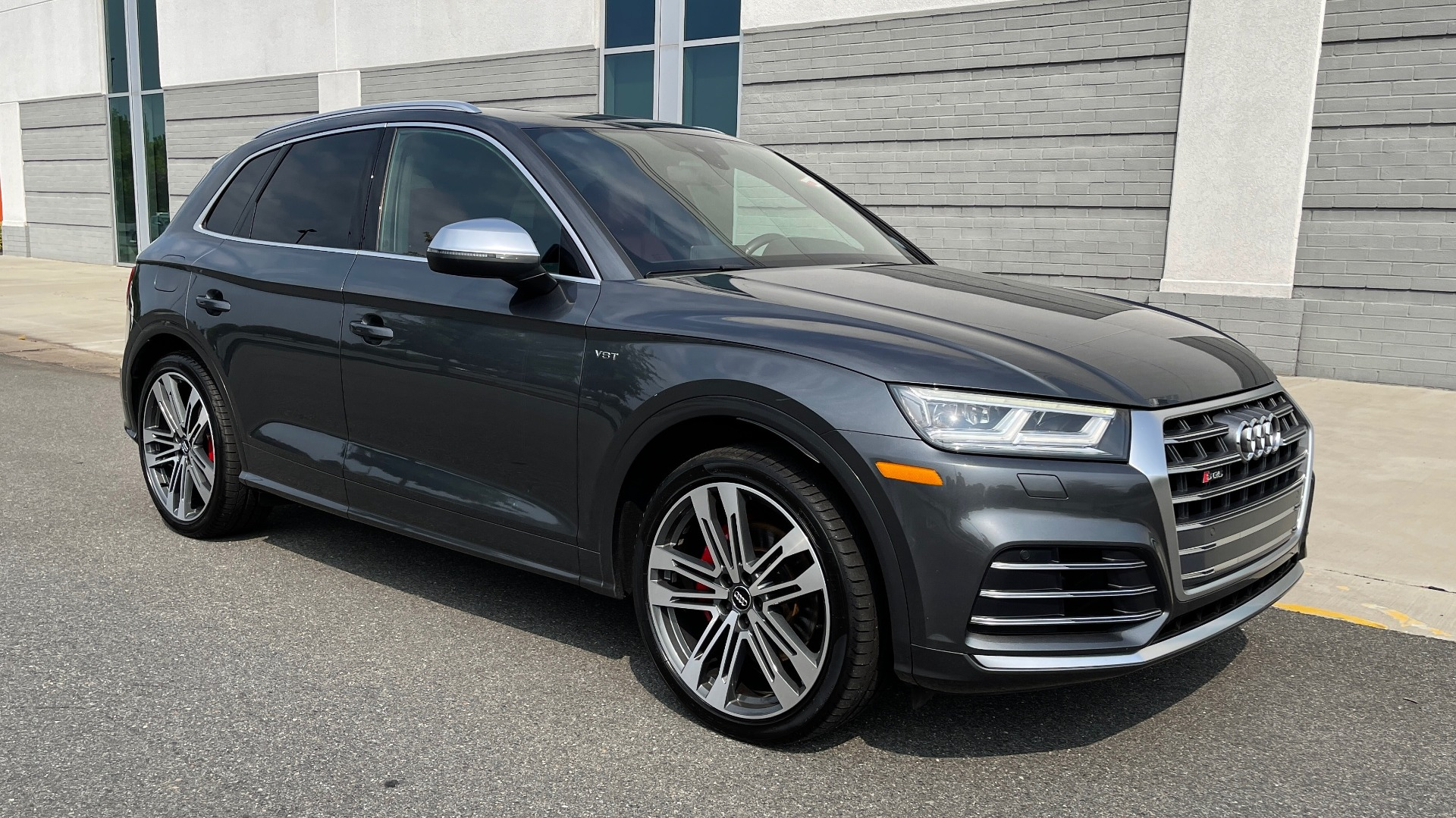 Used 2018 Audi SQ5 PREMIUM PLUS / S-SPORT / NAV / B&O SND / SUNROOF / REARVIEW for sale $43,995 at Formula Imports in Charlotte NC 28227 7