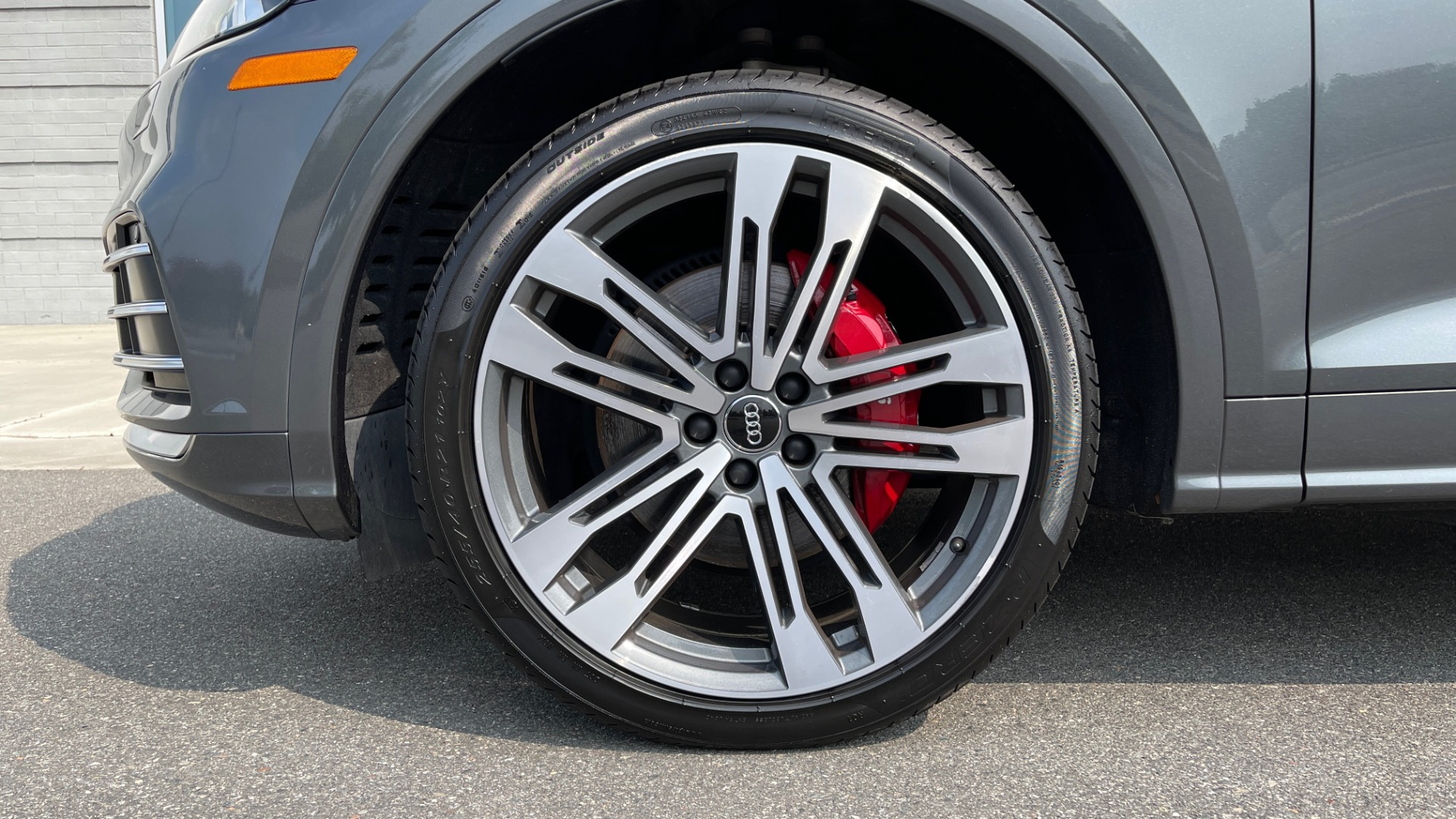 Used 2018 Audi SQ5 PREMIUM PLUS / S-SPORT / NAV / B&O SND / SUNROOF / REARVIEW for sale $43,995 at Formula Imports in Charlotte NC 28227 77